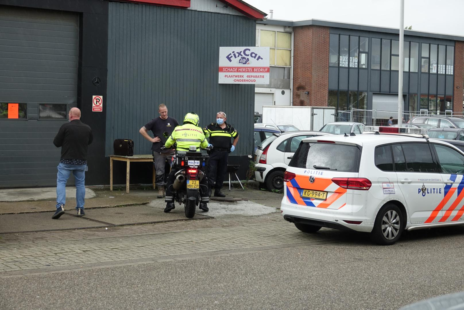 Drie panden in Wormerveer en Zaandam gesloten om hennepplantages, gestolen goederen, drugs en wapens