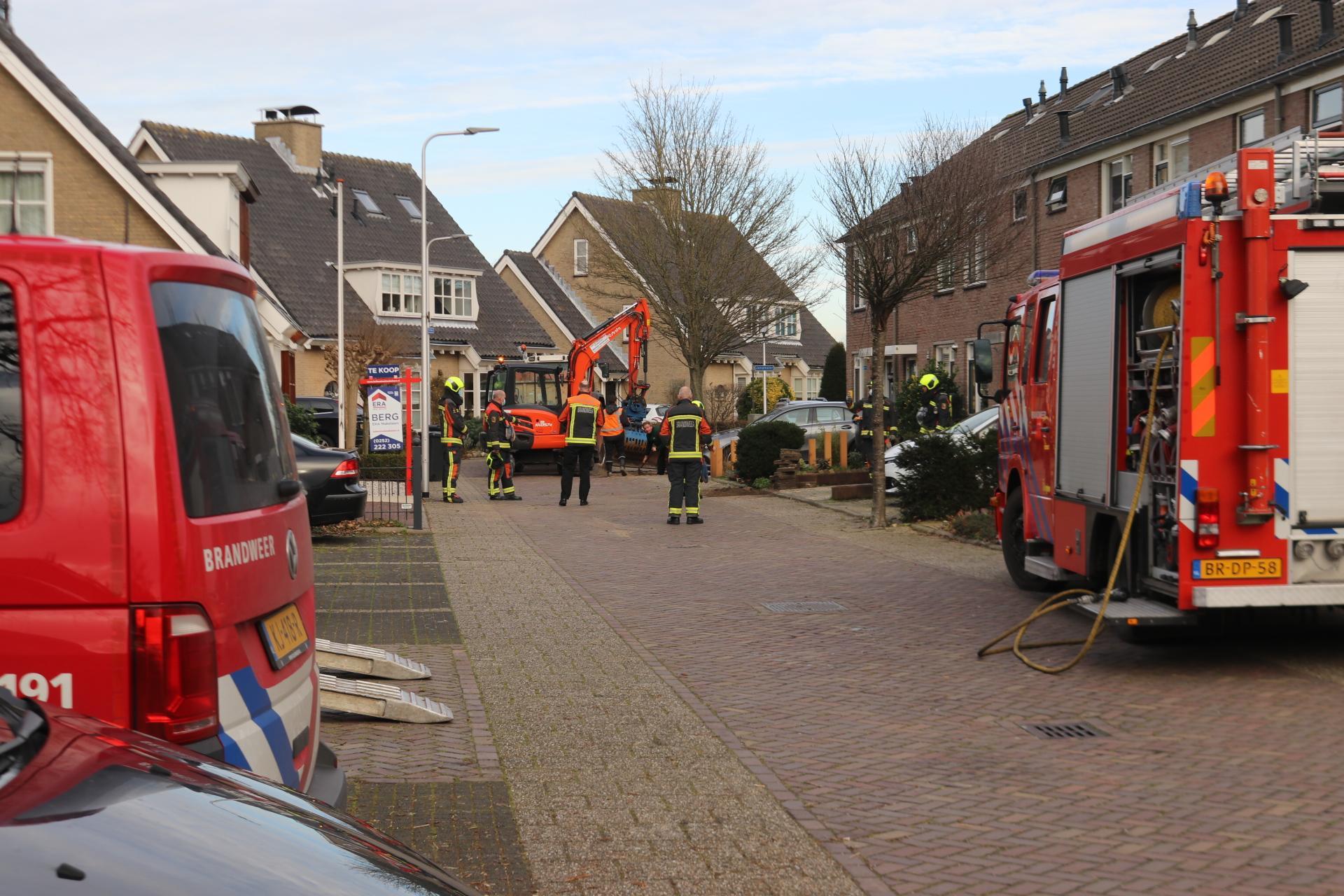 Graafmachine breekt gasleiding in woonwijk Sassenheim