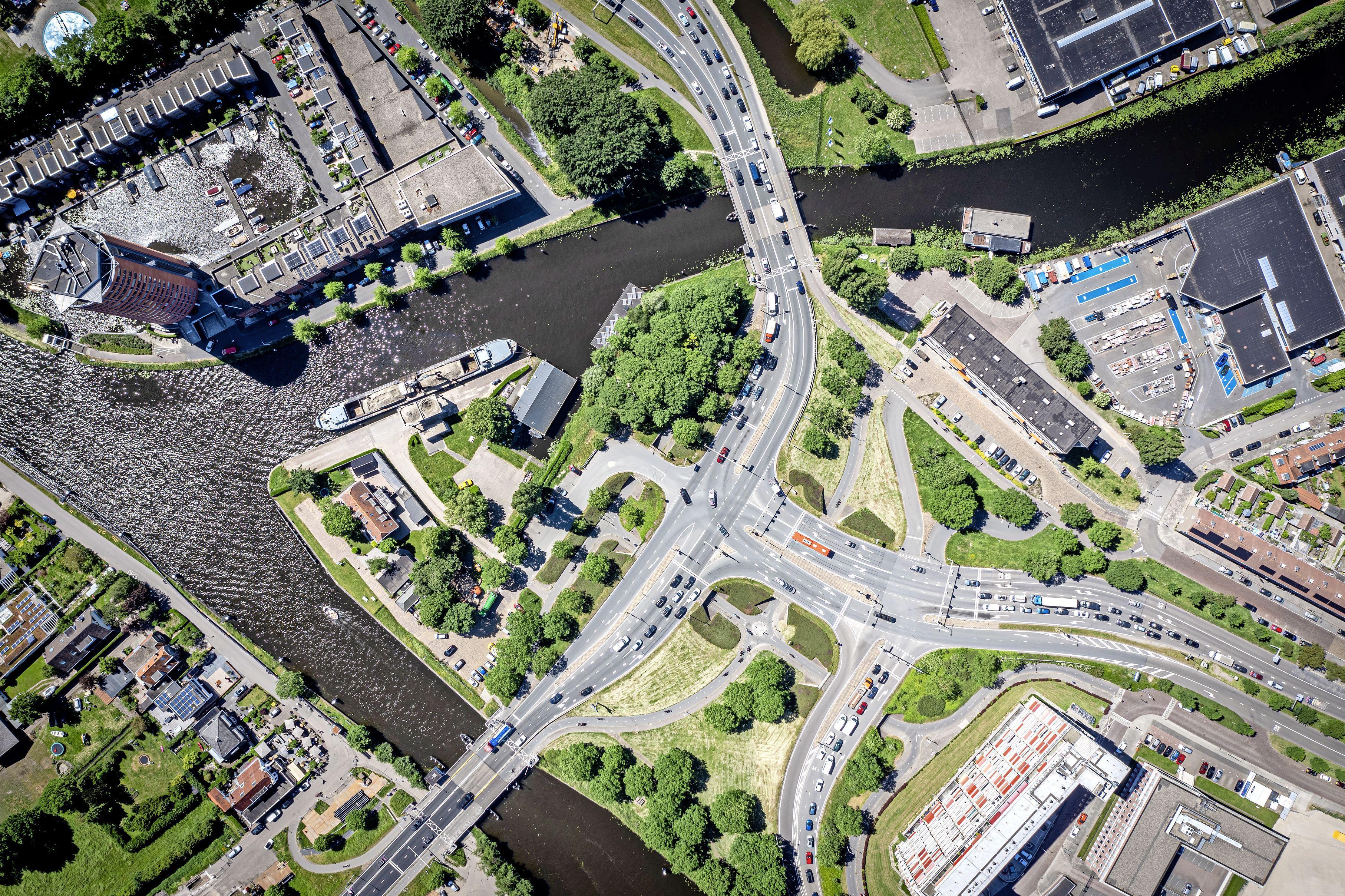 Verlaging Leidse Trekvlietbrug maakt ondernemers bezorgd: 'Maak nou gebruik van de waterinfrastructuur die Leiden rijk is'