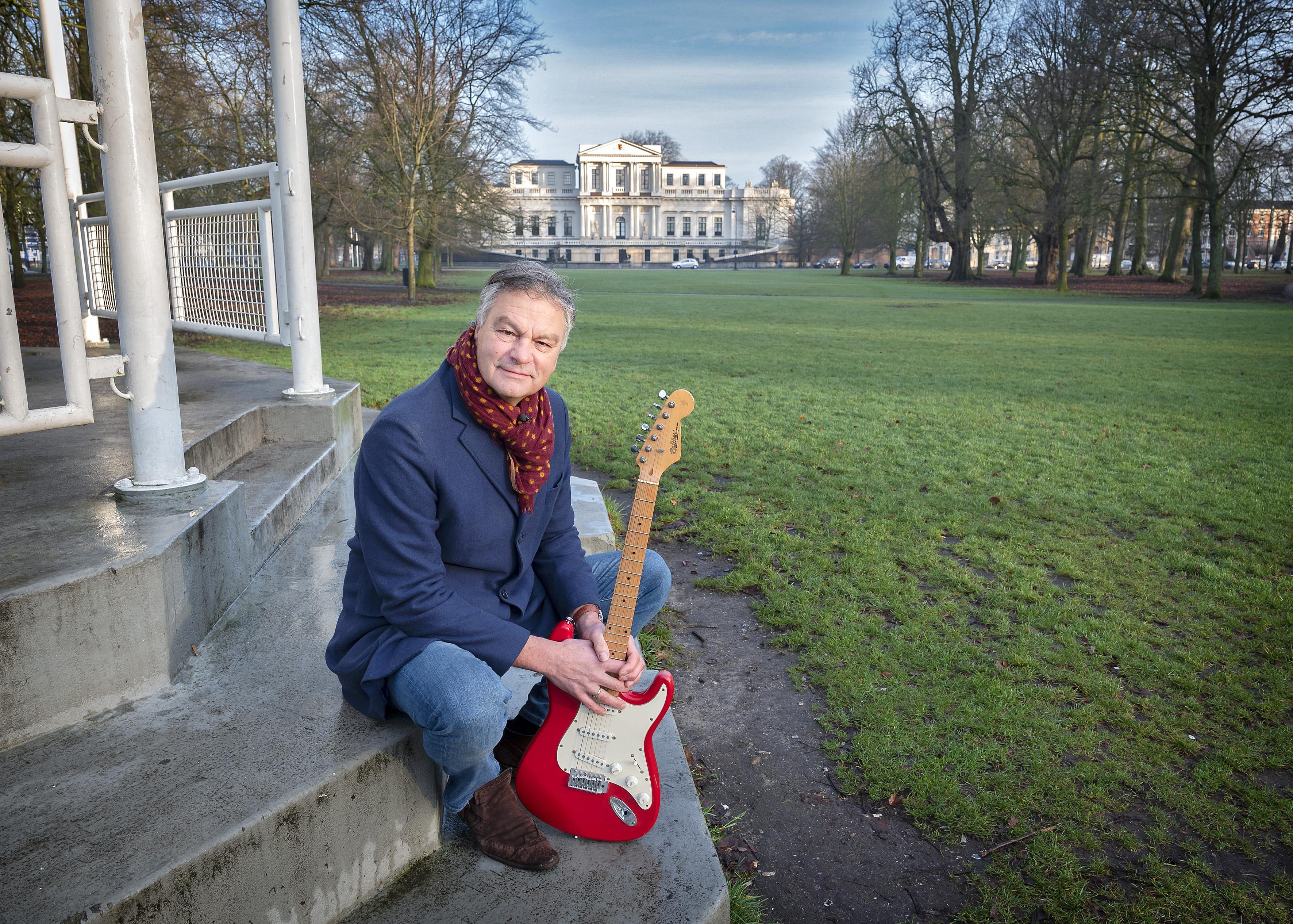 Half miljoen noodhulp voor twaalf culturele organisaties in Haarlem; directeur Bernt Schneiders van VSB Fonds: 'Met dit geld kunnen zij doorwerken'