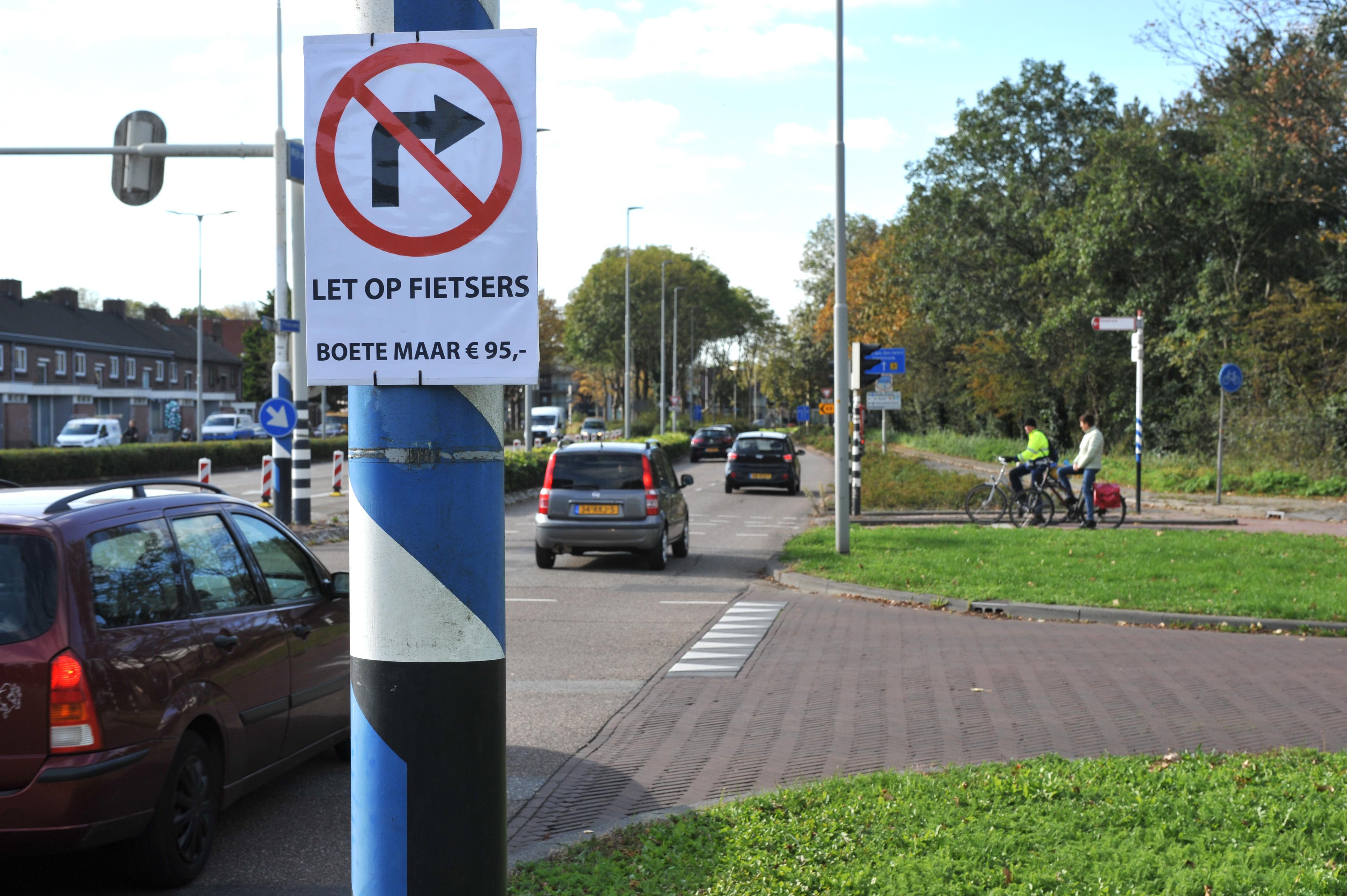Actie voor rust op de Alkmaarseweg in Beverwijk. 'Automobilisten snappen de pijlen niet'