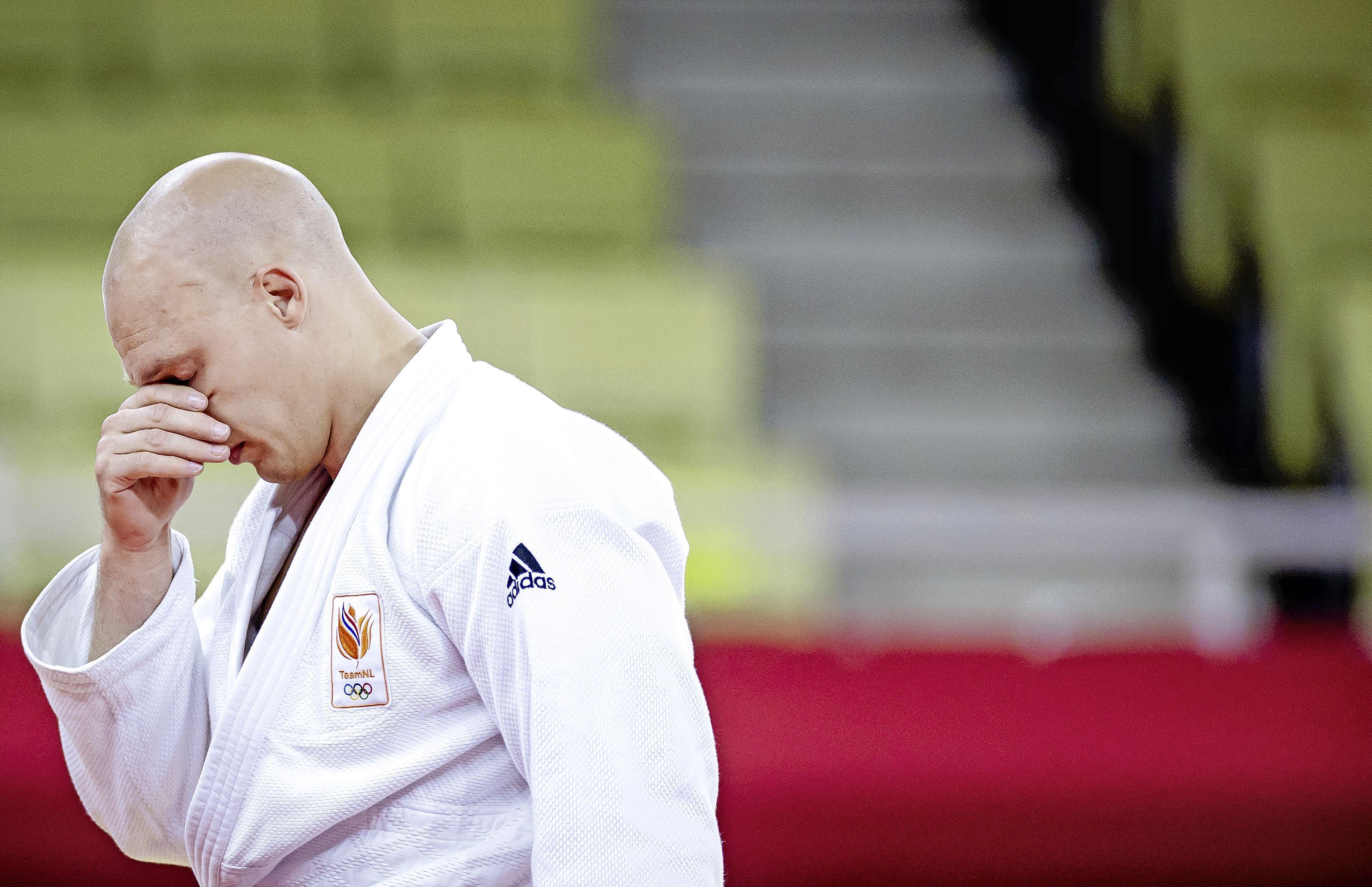 Grol verliest eerste partij en pakt geen medaille bij afscheid: 'Het liefst zou ik vanavond nog naar huis vliegen'