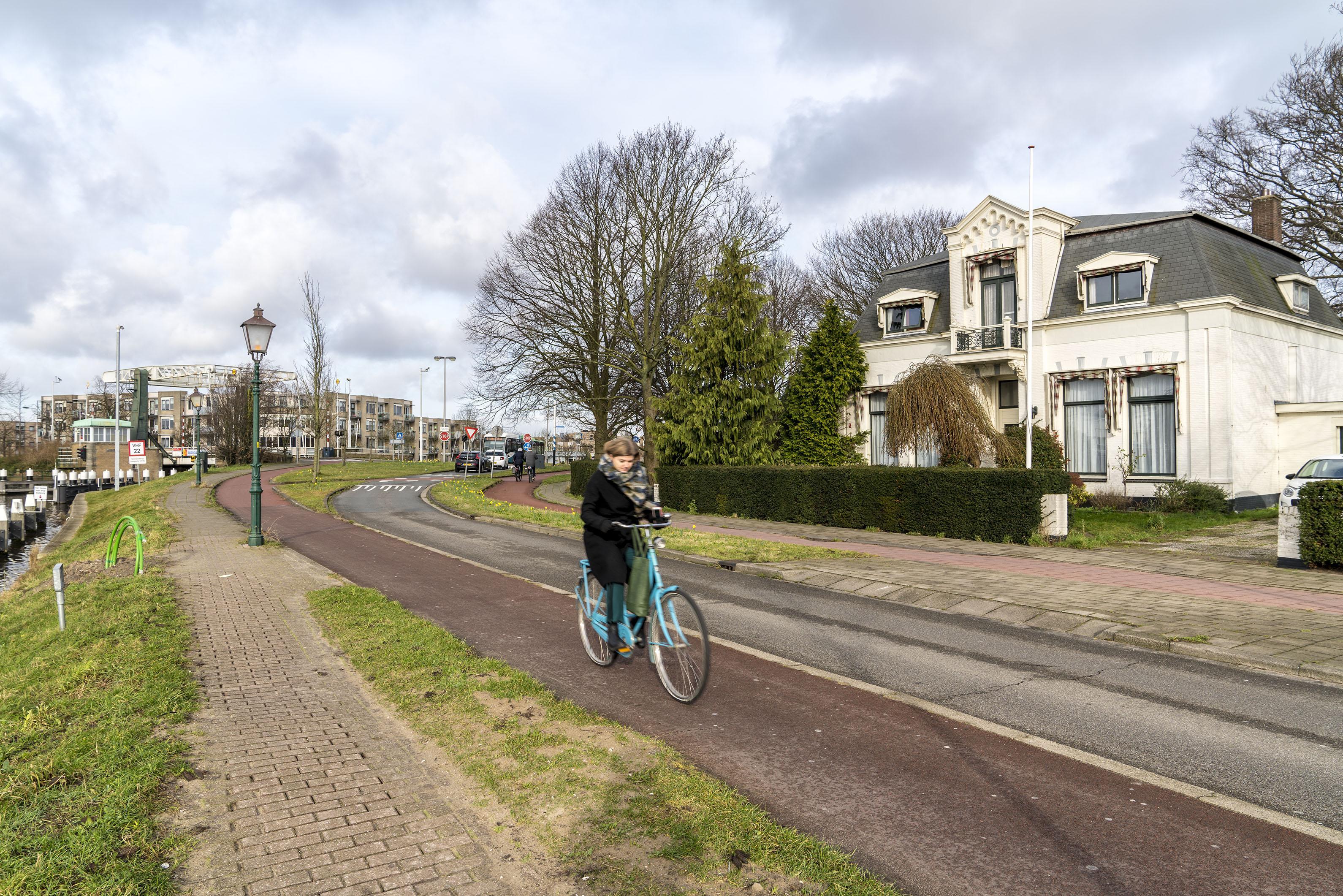 Belangengroep Van der Valk Boumanweg in Leiderdorp eist inspraak en wil verkeersplannen van tafel