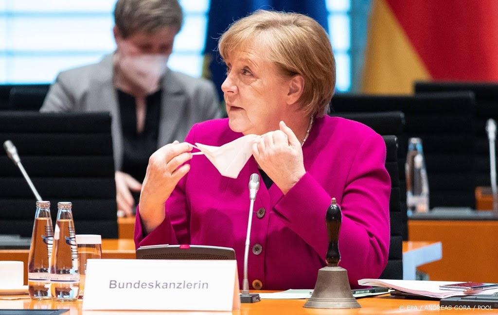 Merkel presenteert wet om deelstaten te passeren bij opleggen lockdown