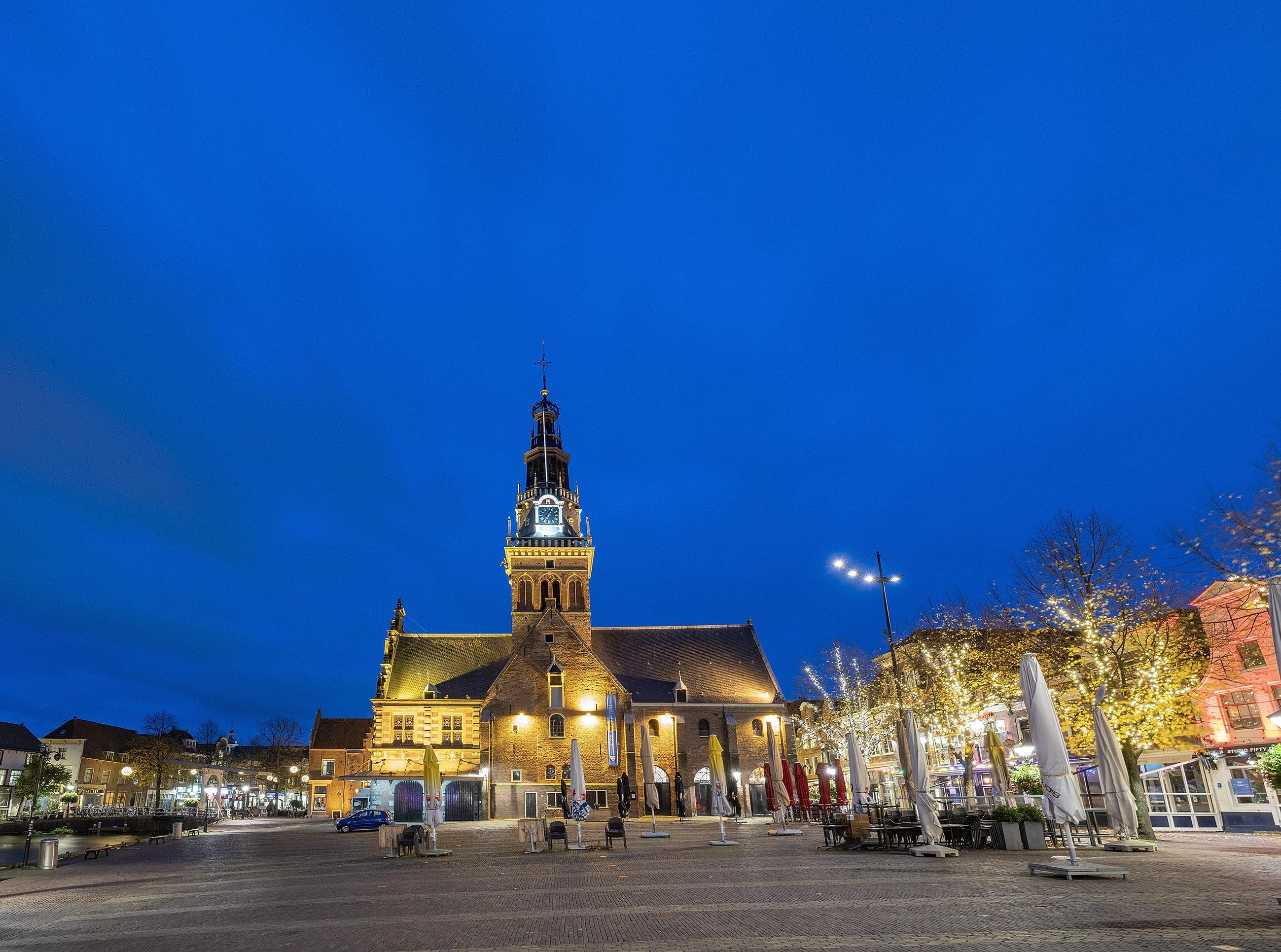 Alkmaar op zaterdagavond: het is stil in de stad, doodstil