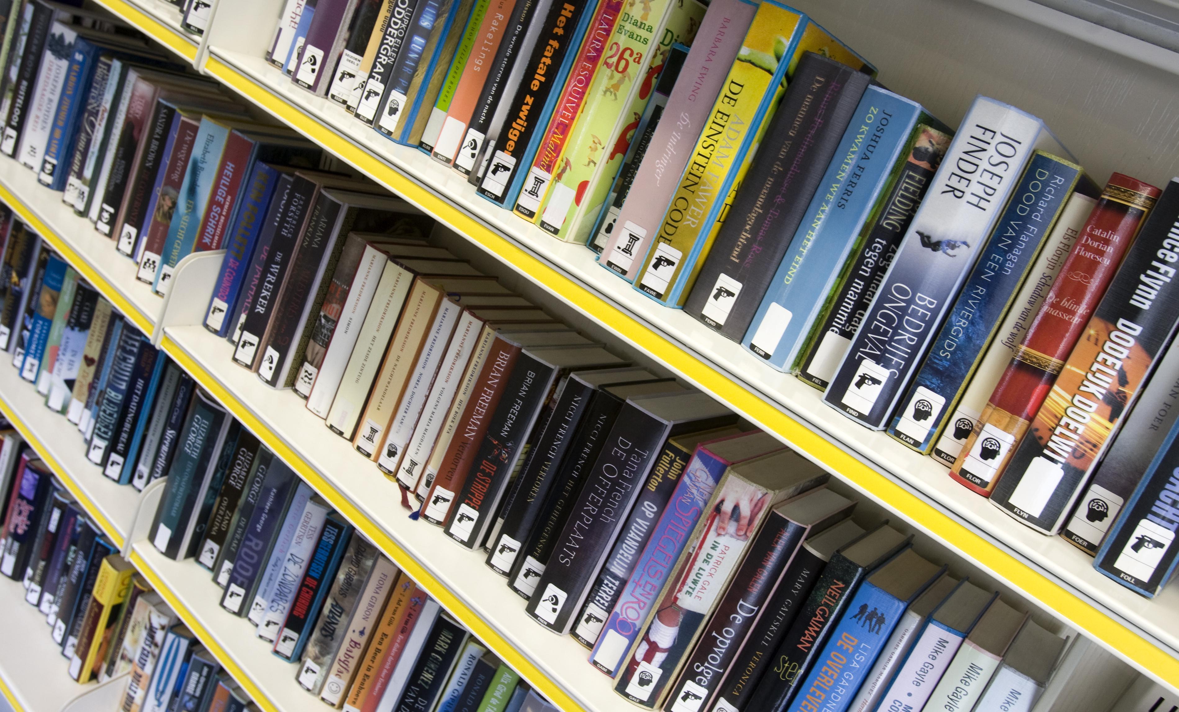 Bibliotheek verwijdert boeken met stereotype Zwarte Piet: 'Als ouders dat aan hun kinderen willen aanbieden, dan kunnen ze daarvoor niet meer bij ons terecht'