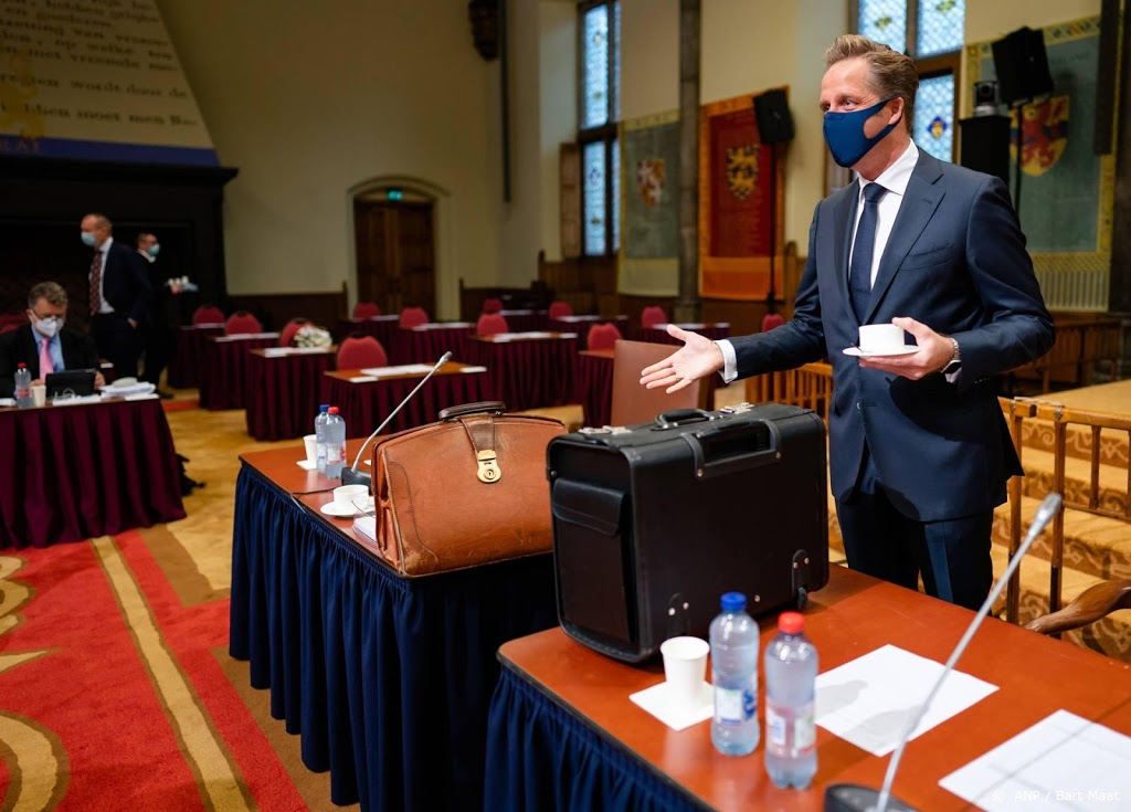 Ruime meerderheid Eerste Kamer stemt in met coronawet