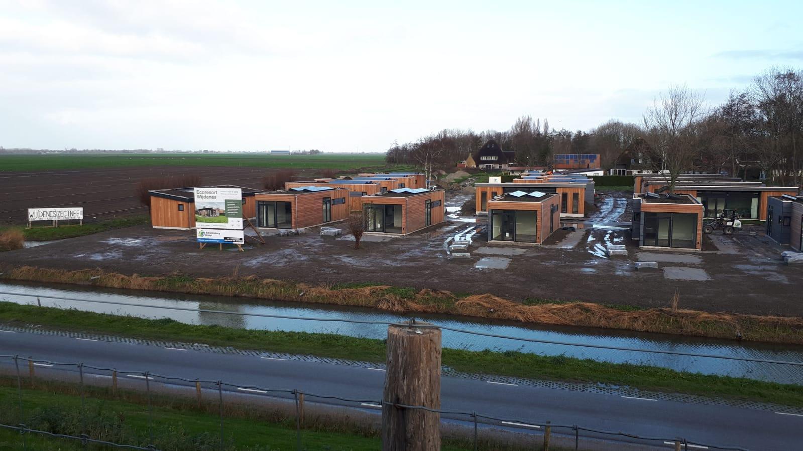 Bouw vakantiepark Wijdenes gaat door ondanks protest uit buurt