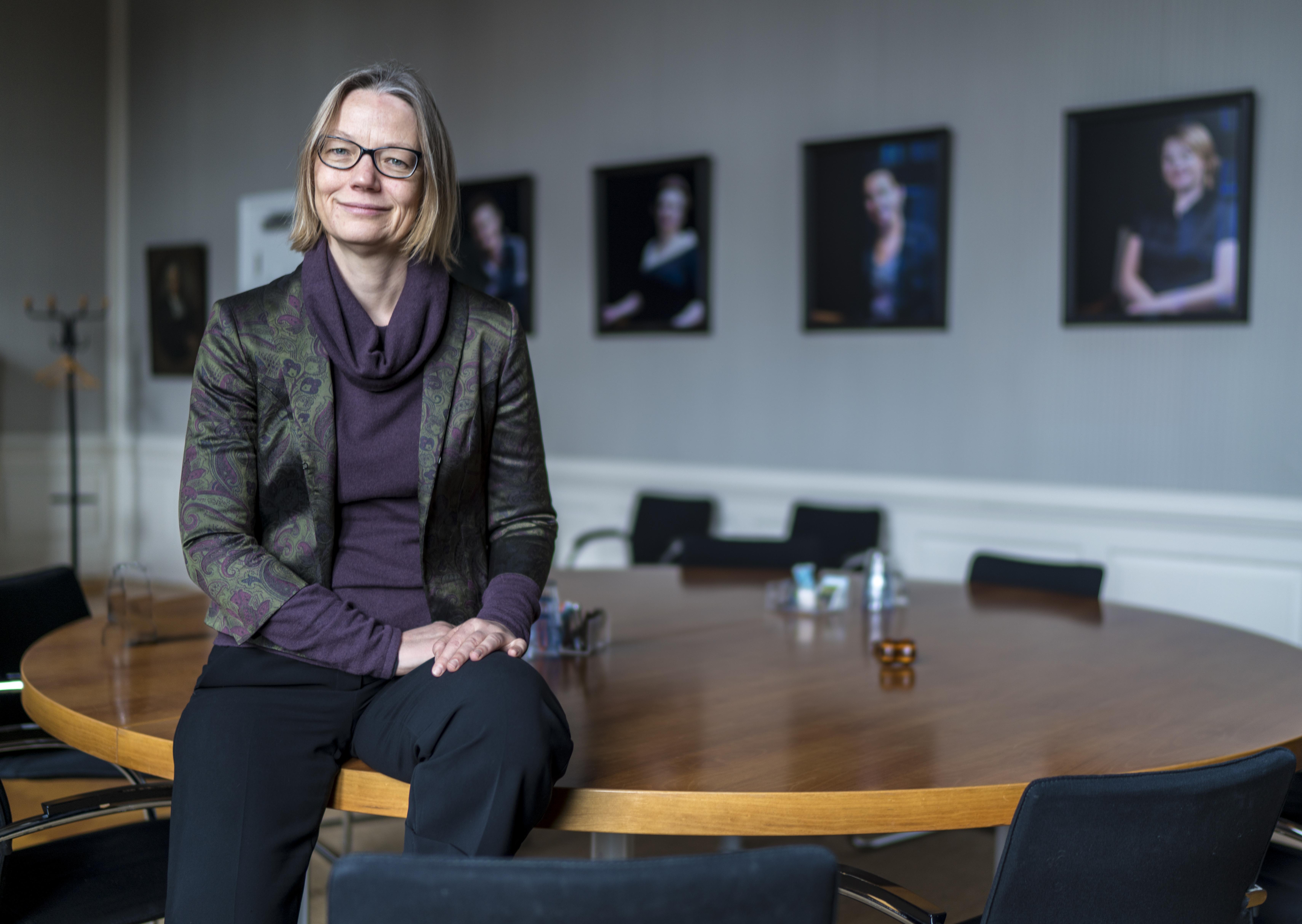 Hester Bijl volgt Carel Stolker op als rector magnificus Universiteit Leiden; College van Bestuur zoekt nog nieuwe voorzitter