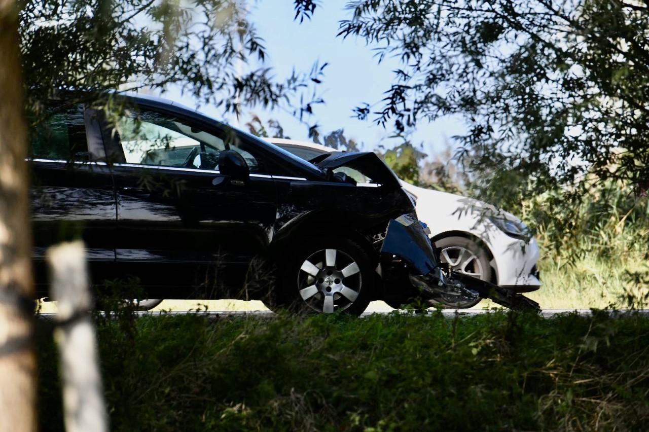 Twee ongelukken bij Alphen aan den Rijn; file op de N207