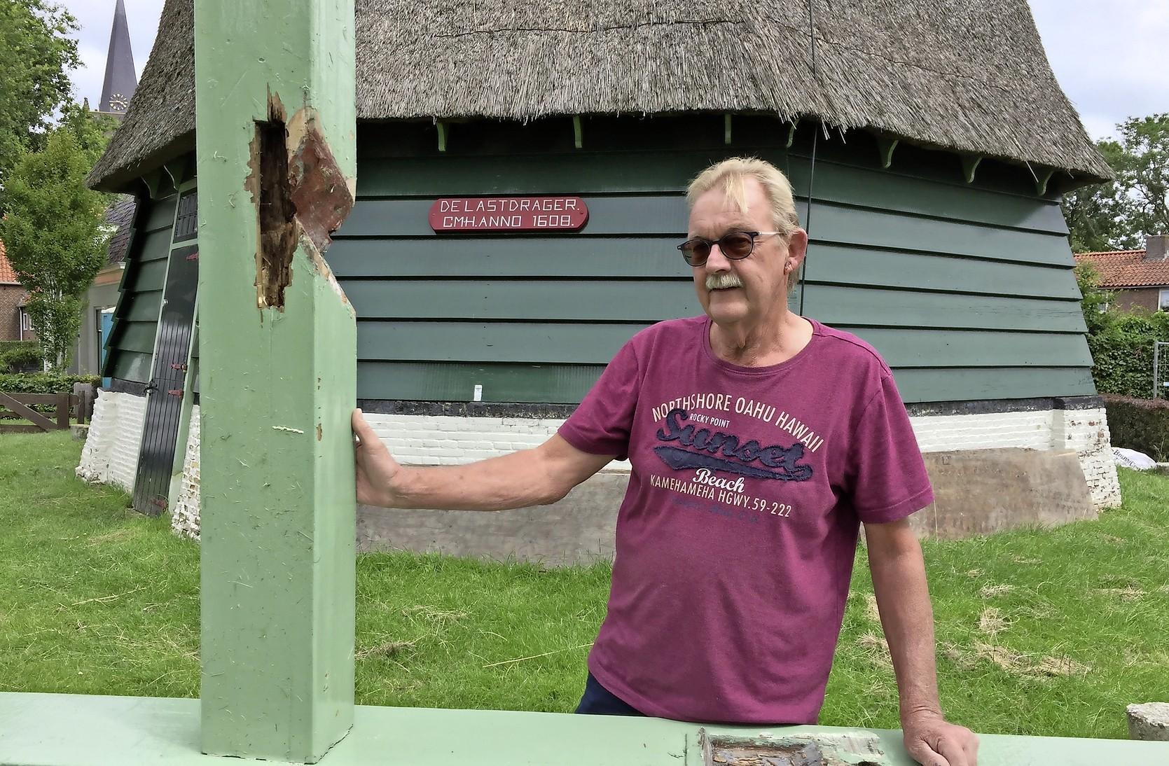 Houtrot in molen De Lastdrager in Hoogwoud: 'Het zit gewoon even niet mee'