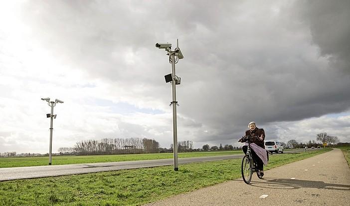 Trajectcontrole op Bisschopsweg tussen Baarn en Bunschoten lijkt vruchten af te werpen: aantal boetes loopt terug