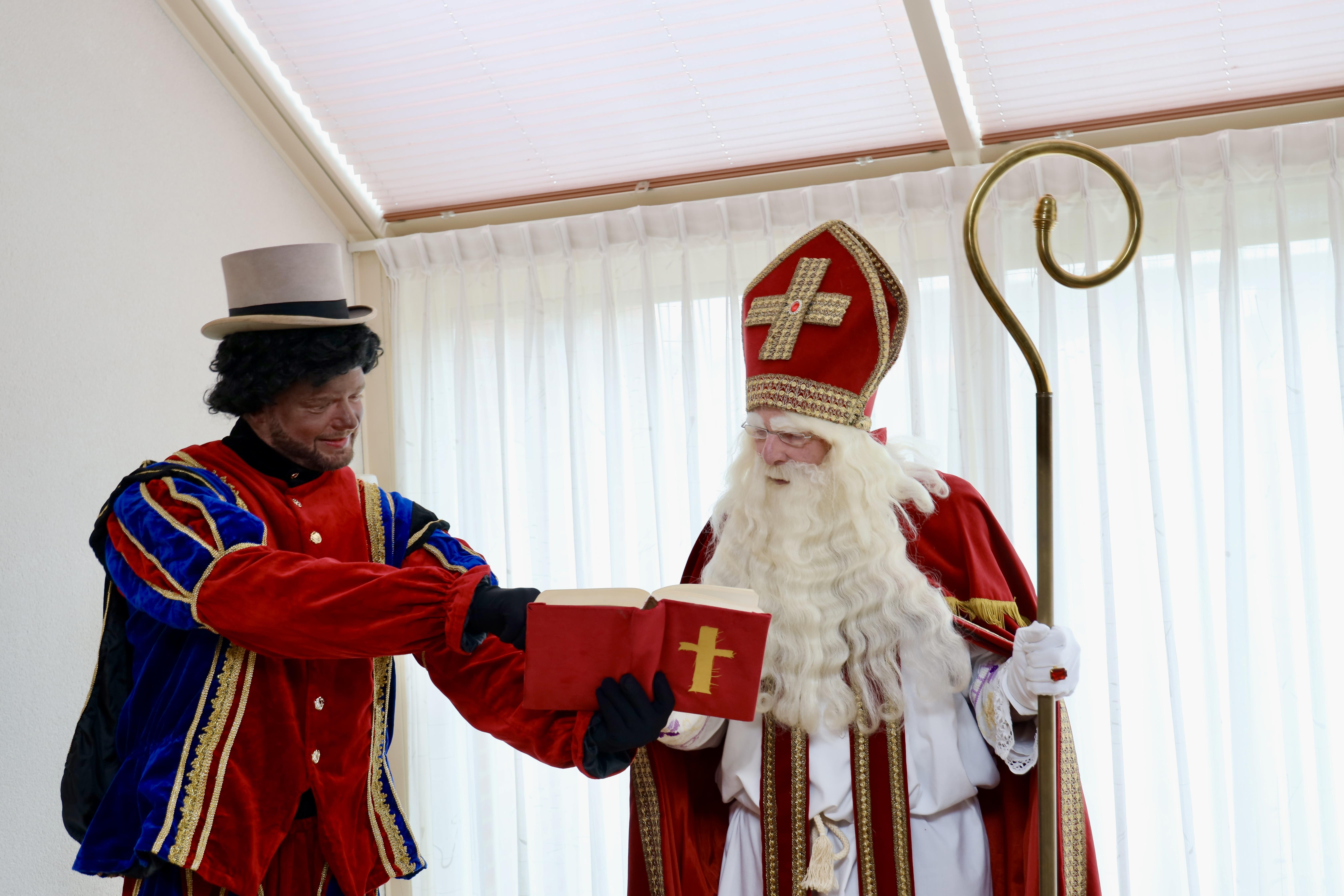 Sympathieke acties rond intocht Sinterklaas in heel West-Friesland