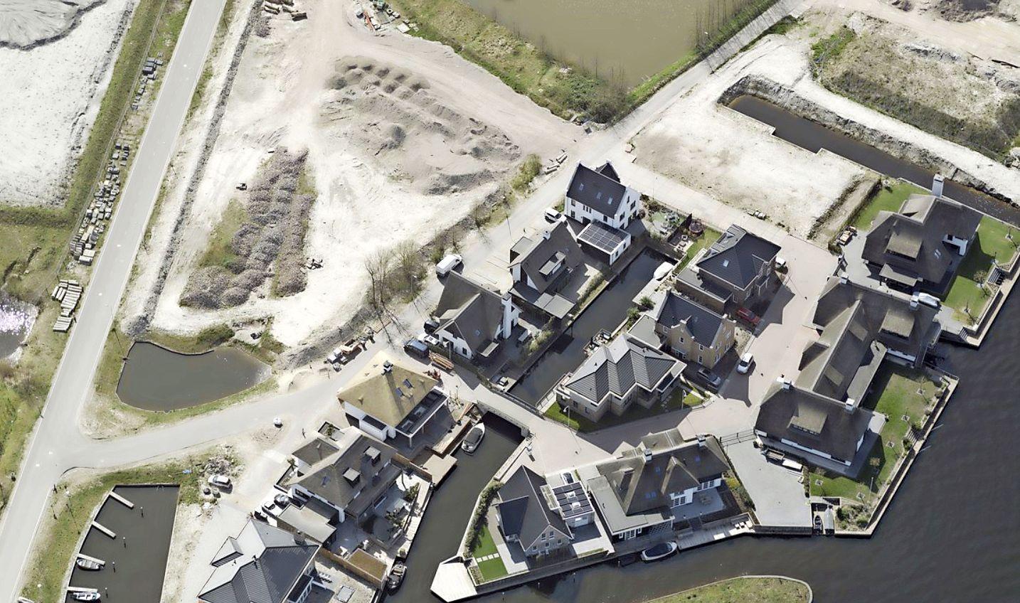 Politiek steunt verzet tegen flats in achtertuin van villa's in Oegstgeest