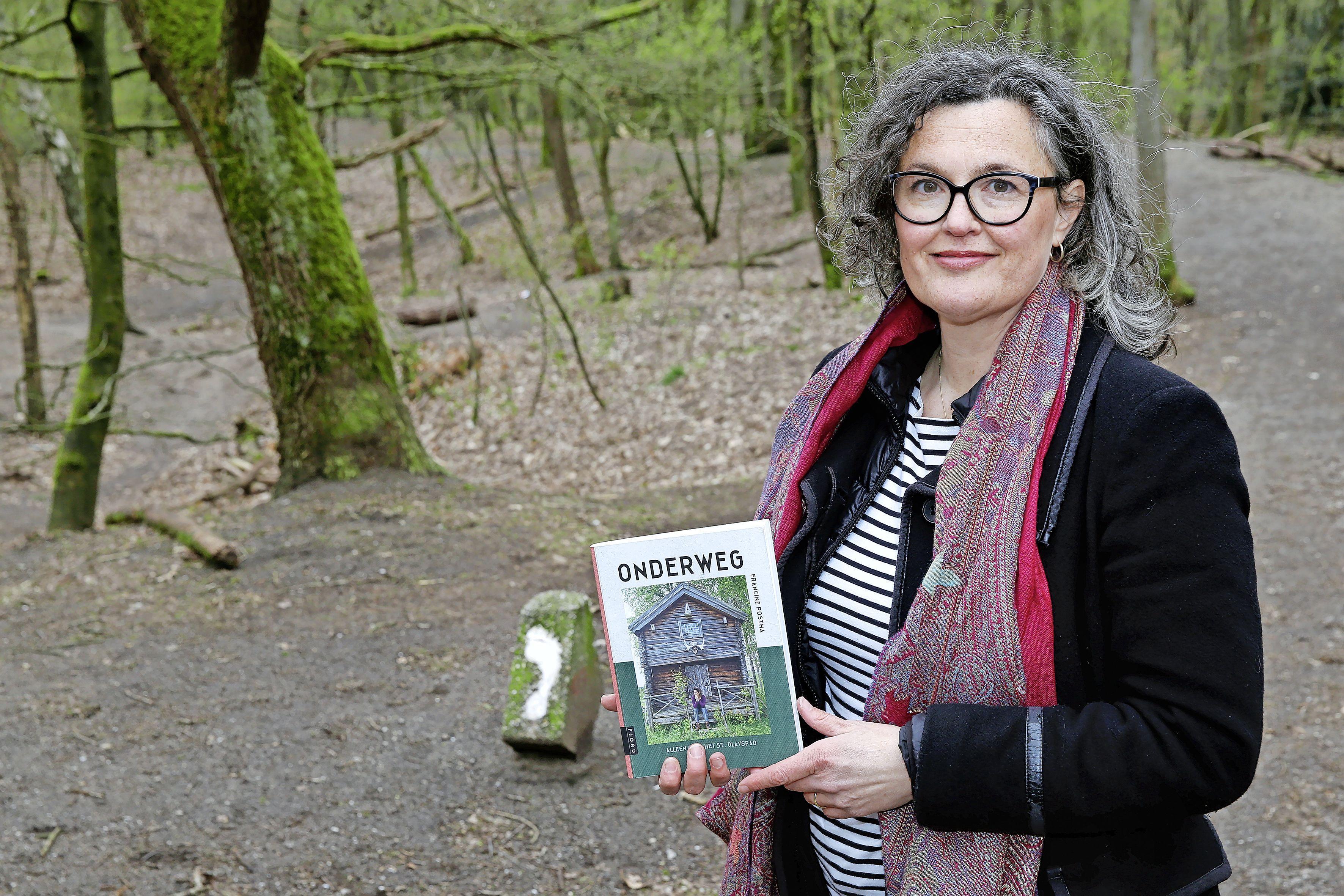 Hilversumse beschreef haar tocht langs de meest Noordelijke pelgrimsroute van de wereld. 'Een lezer gaf het mooiste compliment: Het boek gaat ook over ons allemaal. Over hoe het is om mens te zijn'