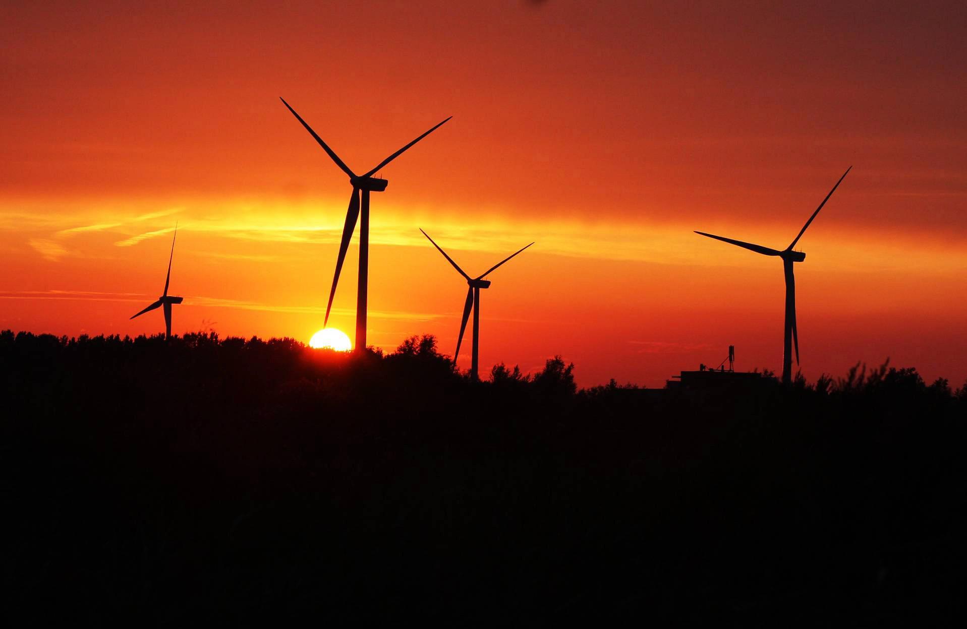Met het mes tussen de tanden strijdt Laren tegen windmolens en zonnepanelen, gemeenteraad wil wél kijken naar kerncentrale