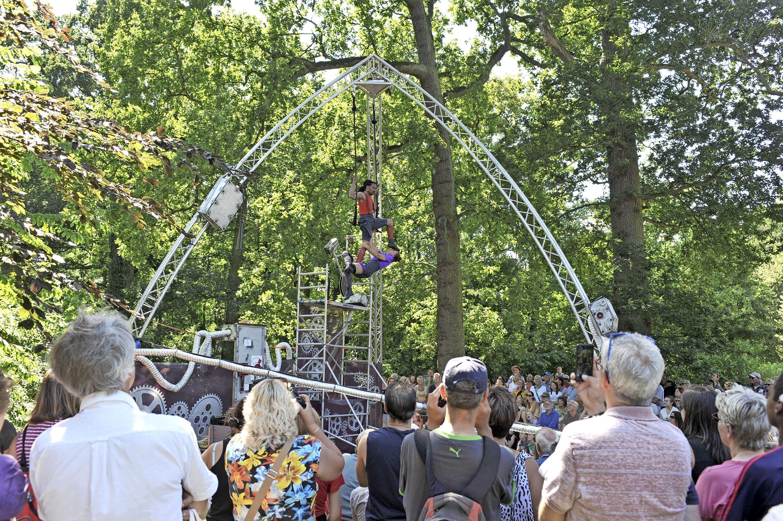 Corona trekt opnieuw streep door Zomerfestival Marquette in Heemskerk. 'Het vizier is nu gericht op 2022 waarin we de duizenden bezoekers hopelijk weer kunnen laten genieten van een mooi festivalprogramma'