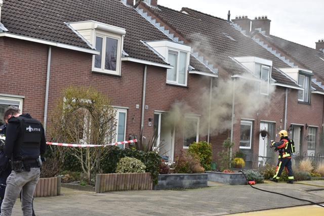 Gewonde bij steekpartij en brand in huis in Oude Wetering [video]