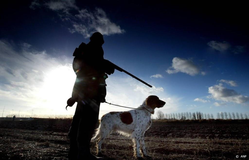 Animal Rights boos op politie Drenthe die het opneemt voor jagers
