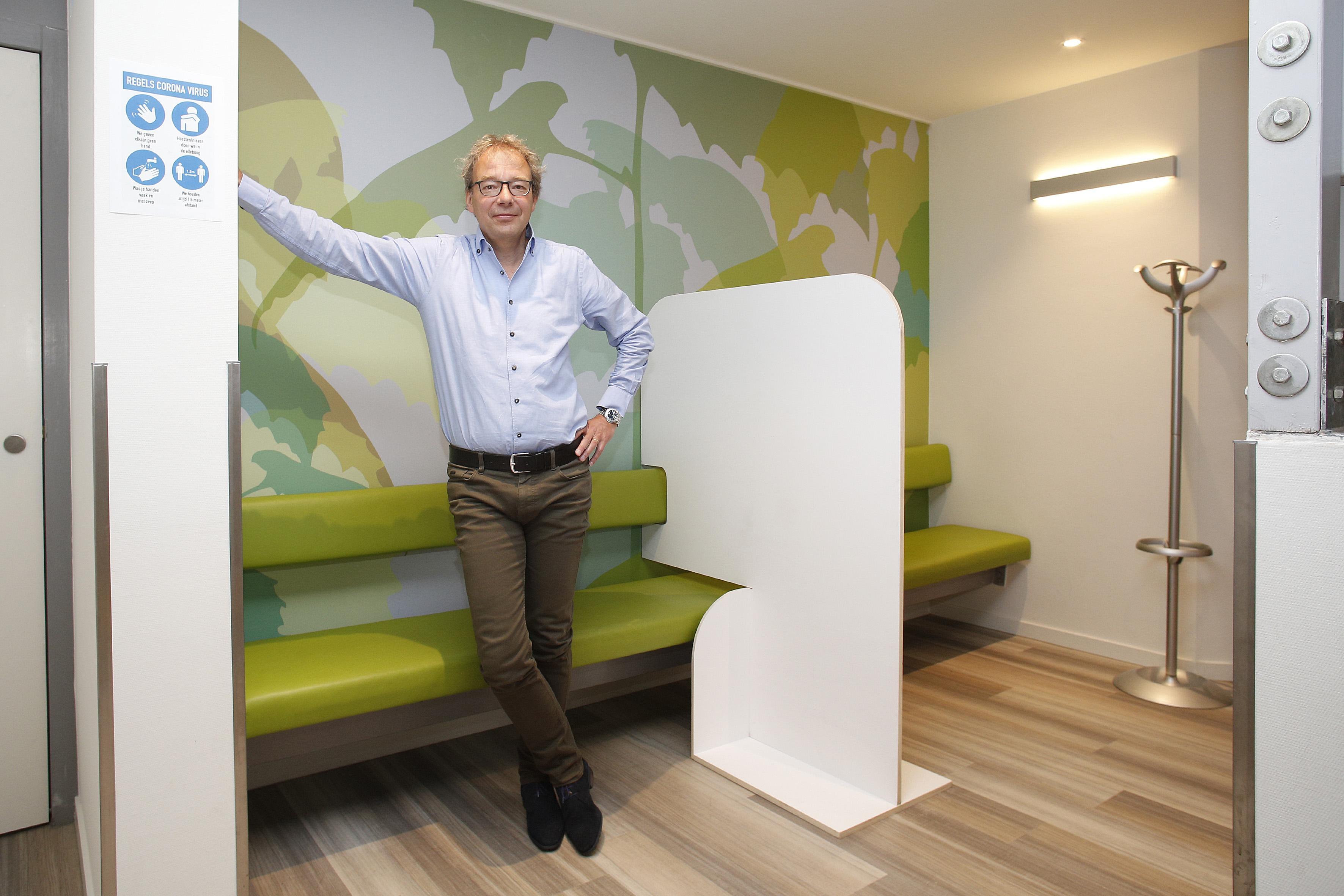 Gooise huisartsen blij met eerder vaccineren; 'Er is zeker angst voor wat de Britse coronavariant gaat doen'
