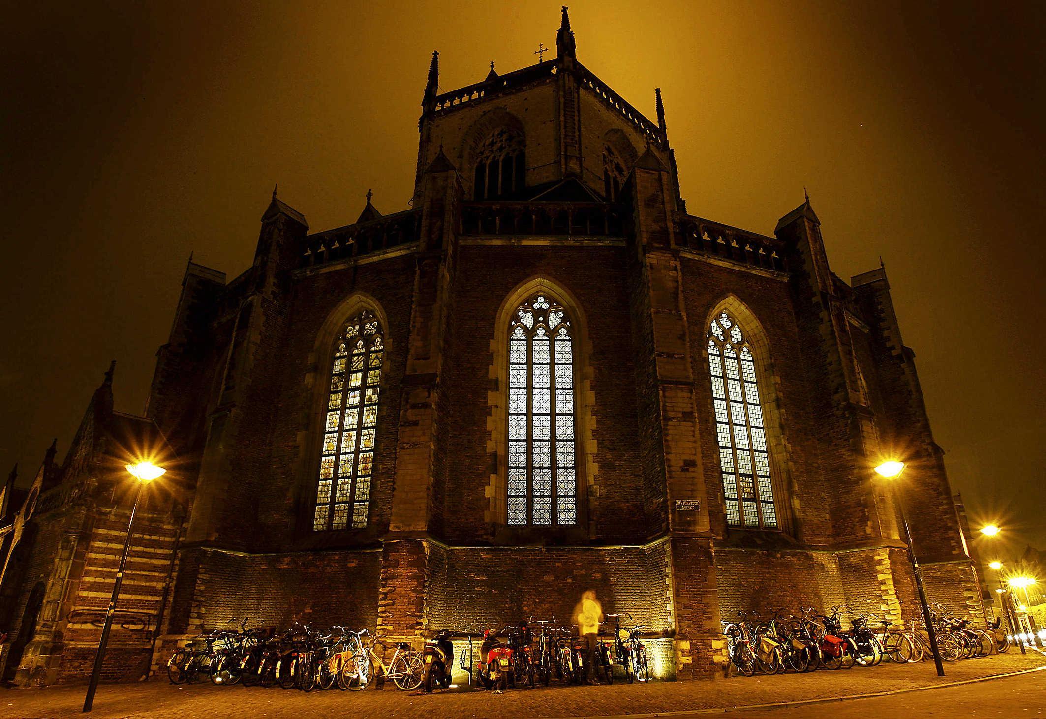 Uitgaan van 'gezond verstand', burgemeesters regio Haarlem verwachten dat inwoners zich houden aan avondklok