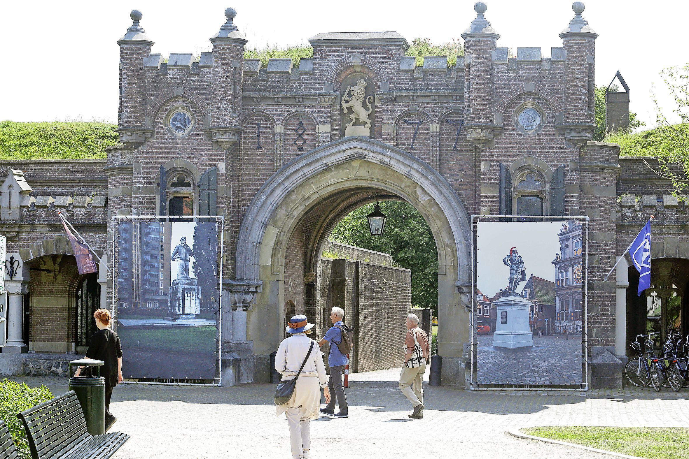 Turbulente tijden voor organisatie FotoFestival Naarden; bestuursvoorzitter Van der Velde is opgelucht dat evenement ondanks corona toch doorgaat: 'Uitstel was voor ons niet acceptabel'