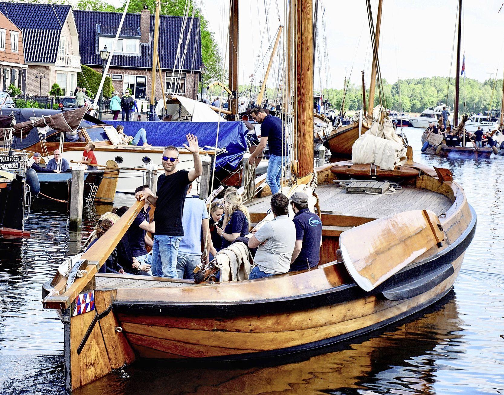 Bunschoter botters vanaf zaterdag weer in de vaart voor een rondvaart over het Eemmeer