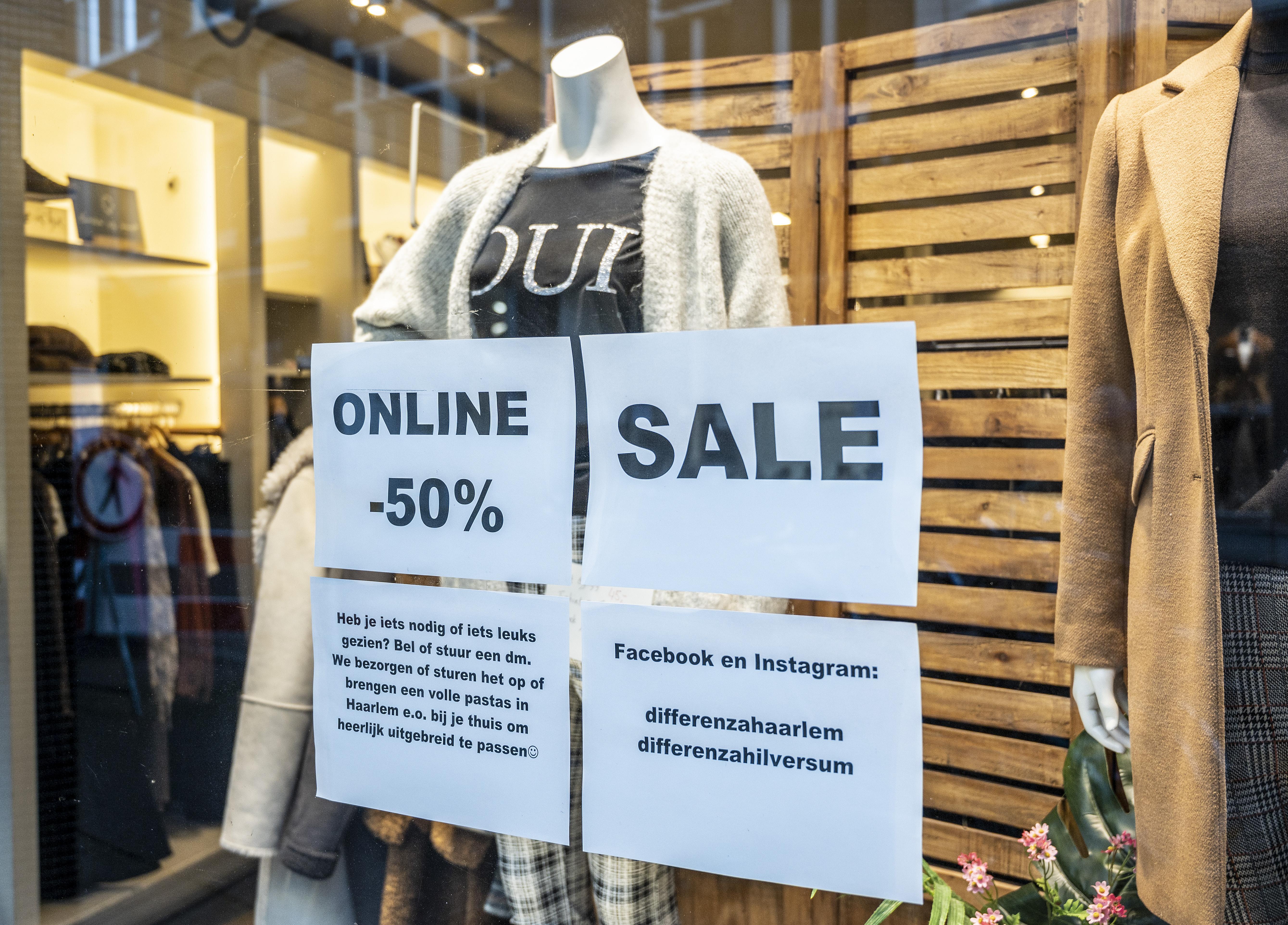 Kleine kledingwinkels gaan creatief met uitverkoop om: Goodwill telt deze uitverkoop zwaarder dan een koopje
