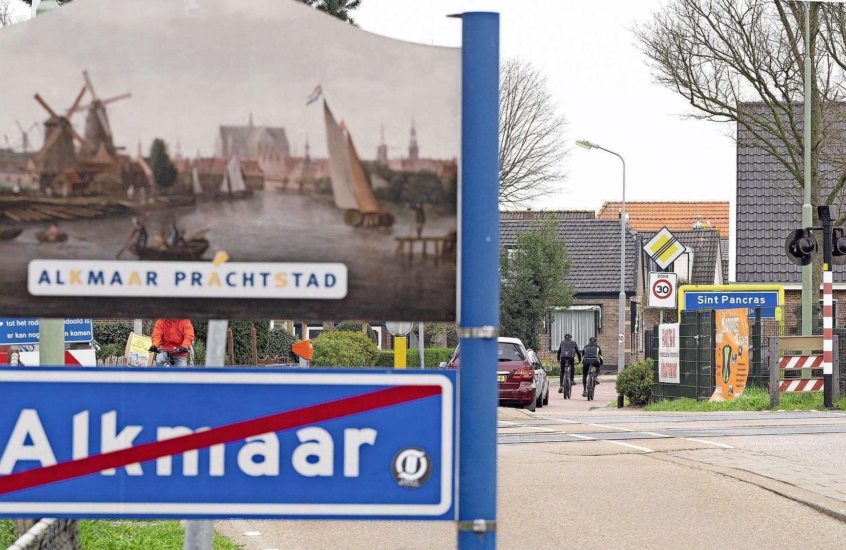 Dankzij de Tweede Kamer is de strijdbijl met Alkmaar nog niet begraven | Analyse