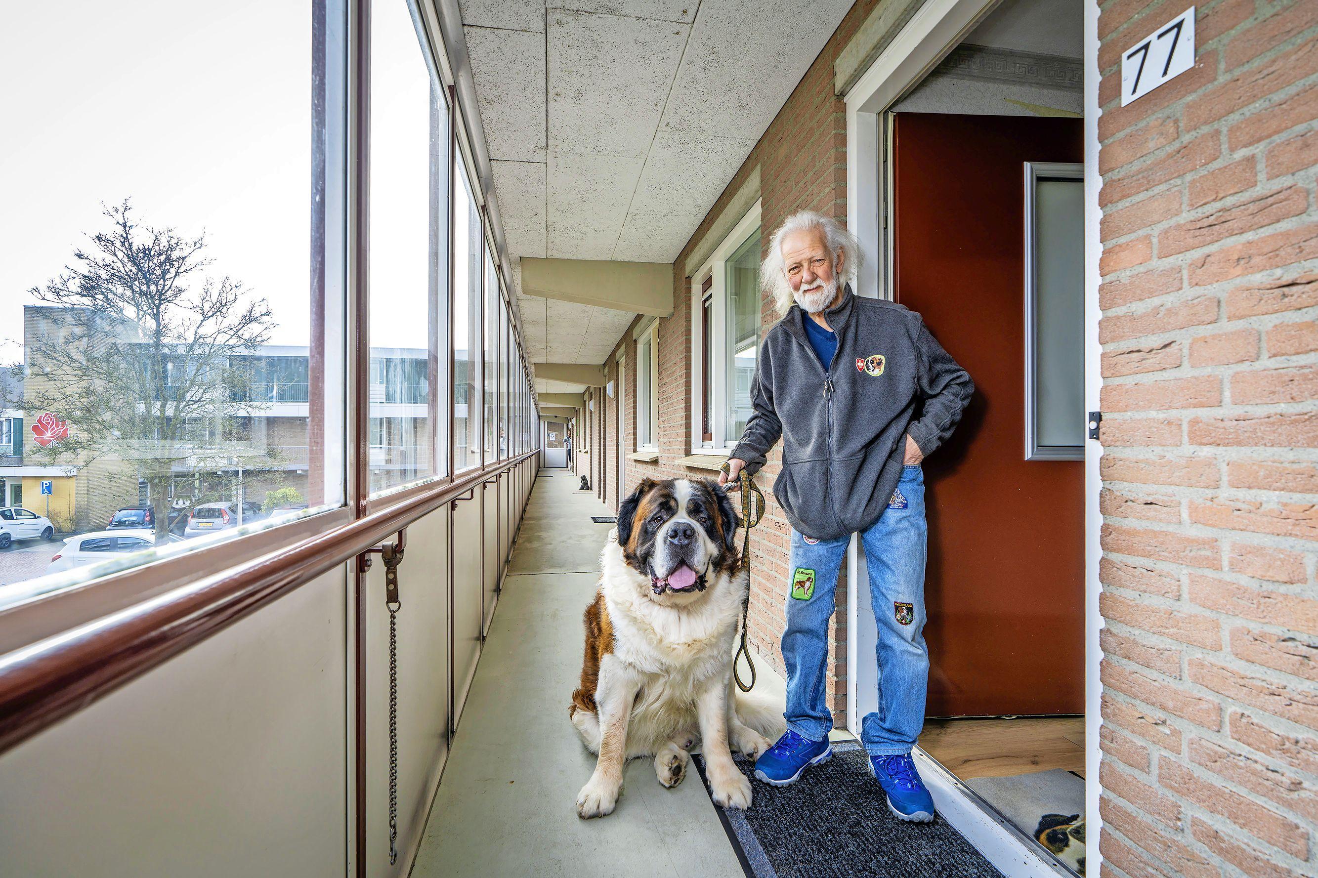 'Ik weet niet waar ik naartoe moet': woningcorporatie Stek zet 76-jarige Dick Dronkert op straat
