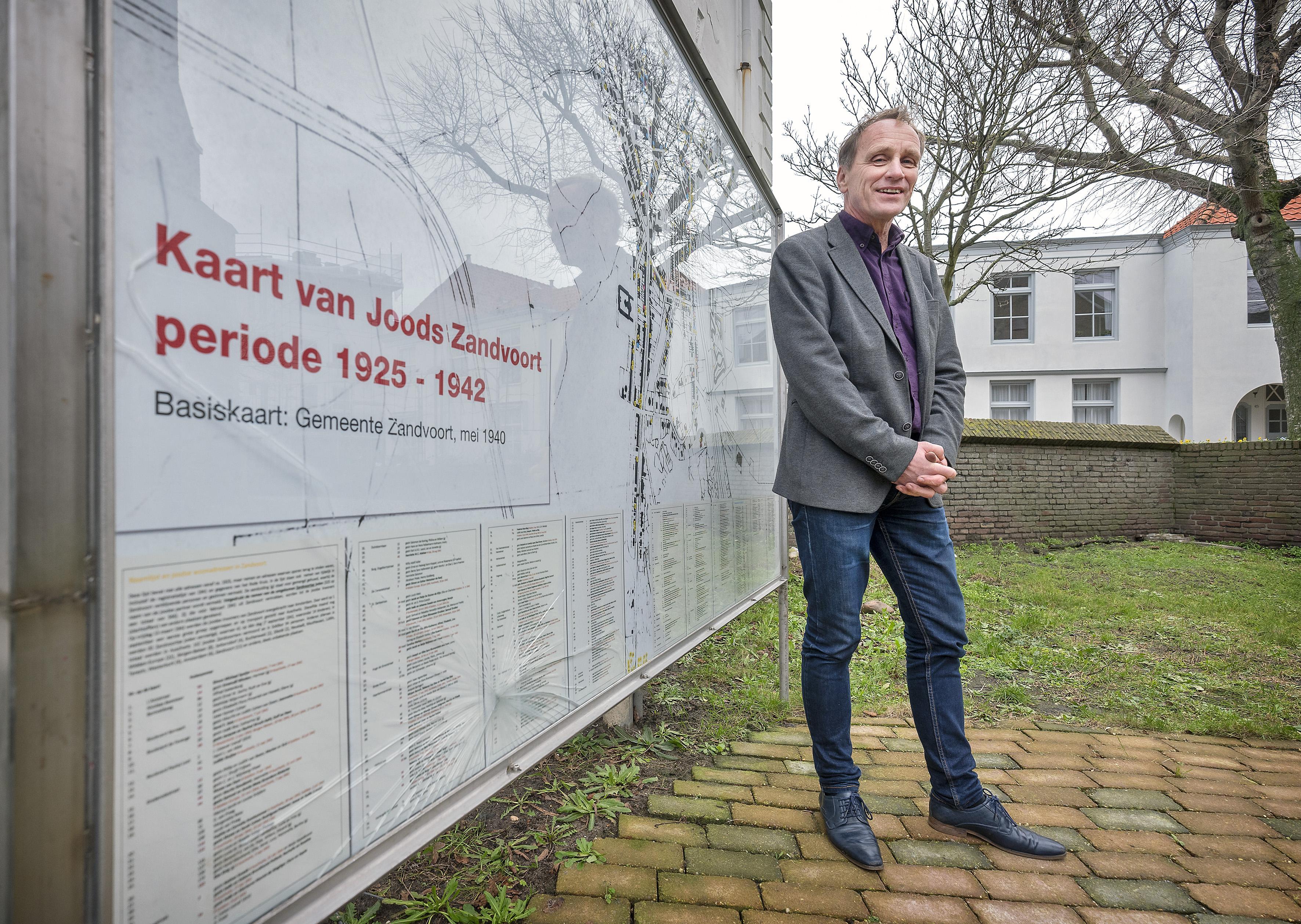 Moet het vernielde joodse monument in Zandvoort worden hersteld?