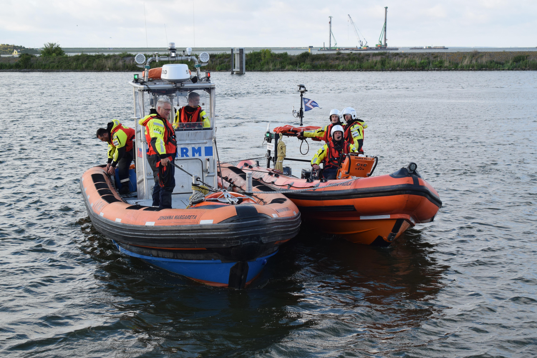 Er was weinig scheepvaart bij Den Oever, maar toch moest de tweede reddingboot in actie komen, Maria Paula ligt nu in Den Helder