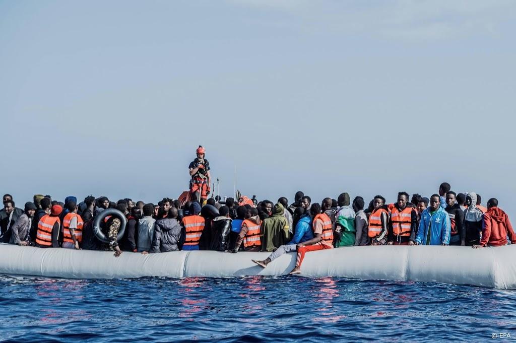 Ocean Viking redt honderden migranten op de Middellandse Zee