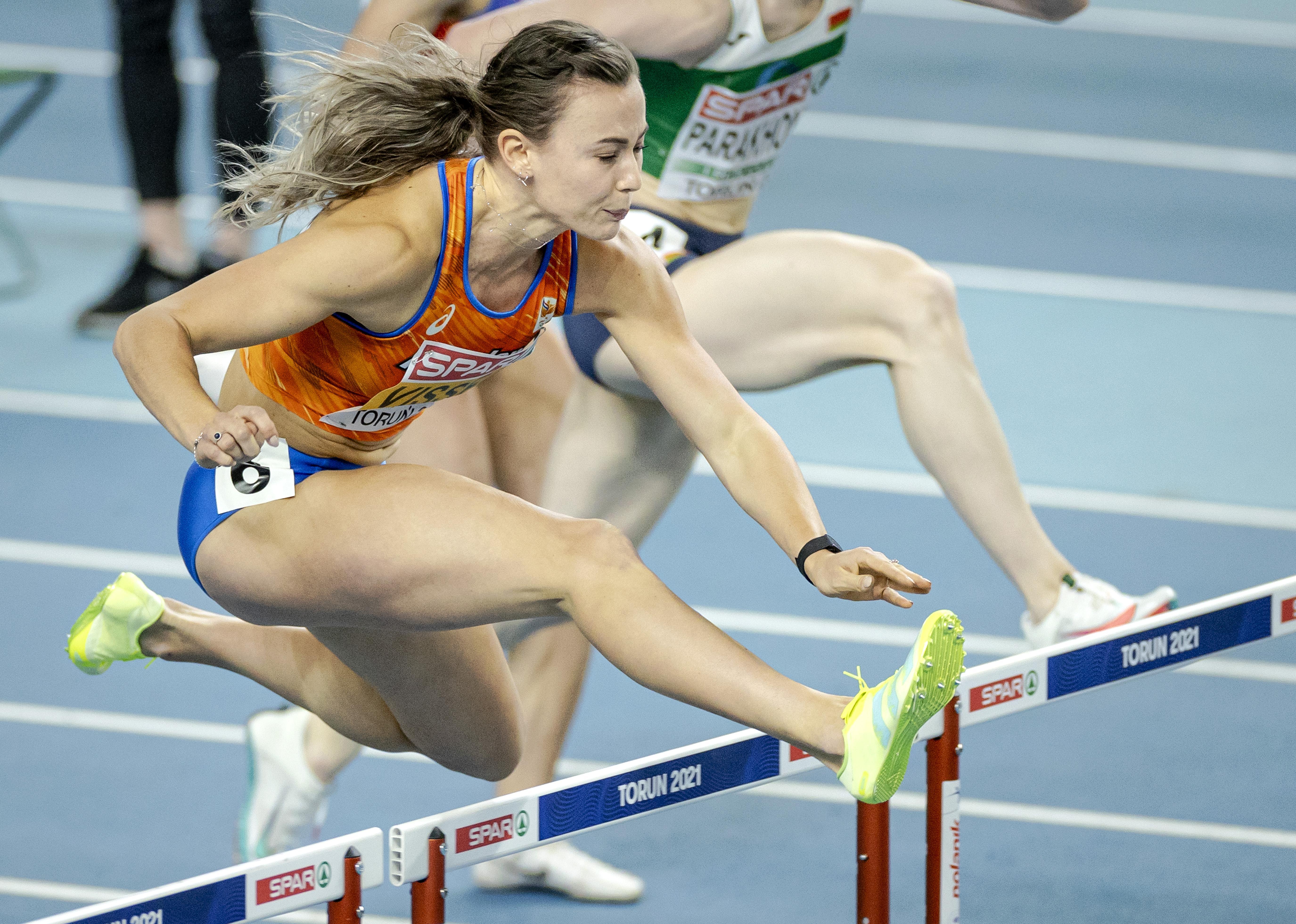 Titelverdedigster Nadine Visser als snelste naar halve finales 60 horden op EK indooratletiek