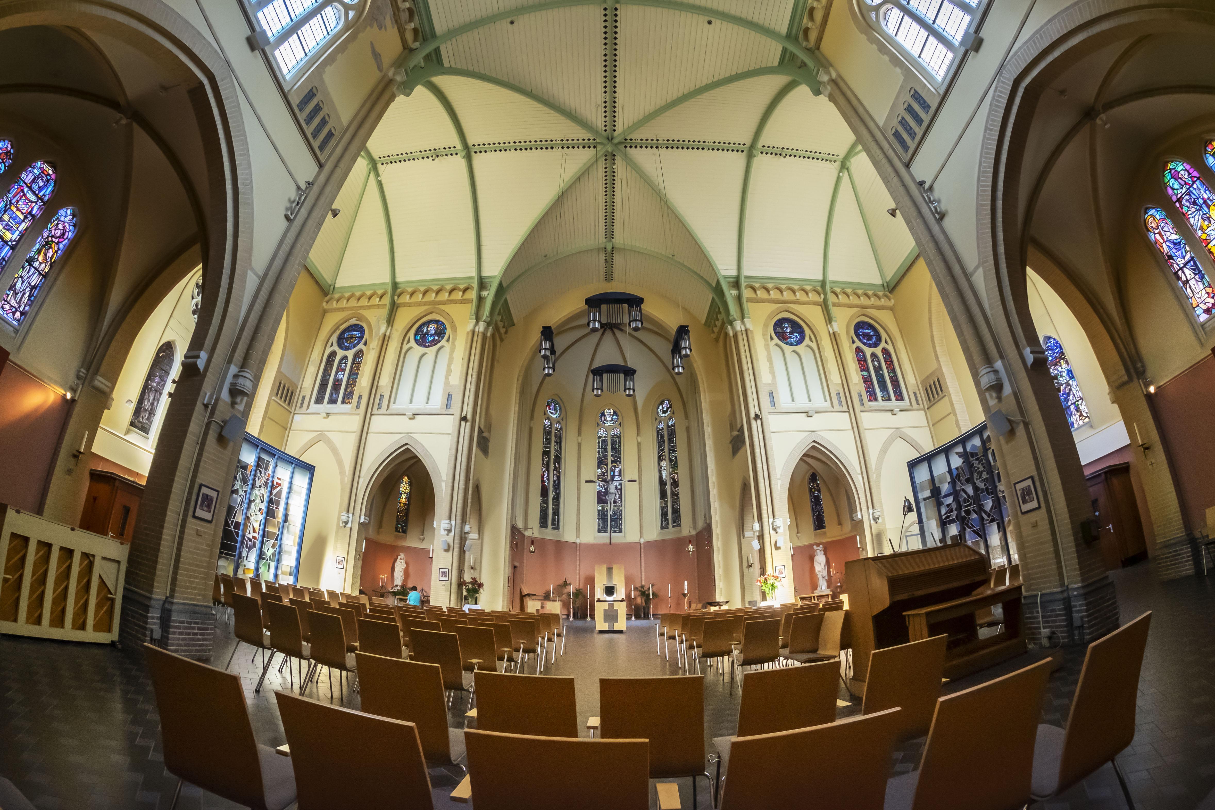 Wat moet er met al die kerkgebouwen? Heel Alkmaar mag meepraten. 'We willen zorgvuldig omgaan met onze kerken om ze te behouden voor de toekomst, net als al ons mooie erfgoed'