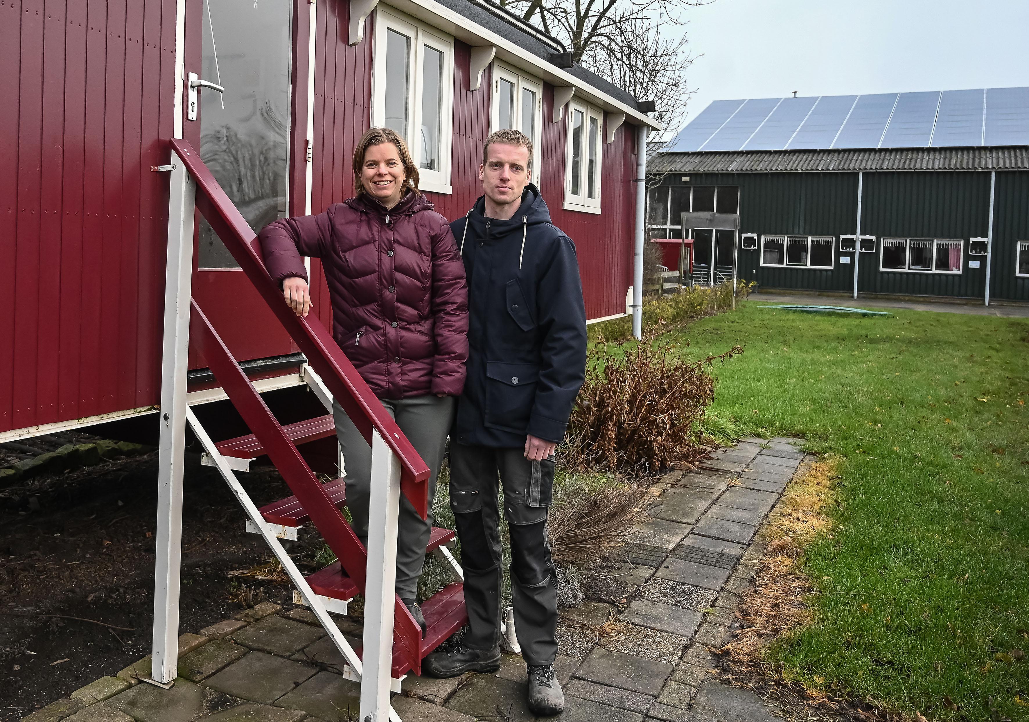 Nieuwe eigenaars camping De Gouwe Stek in Bovenkarspel maken zware tijden door: 'Zelfs het blotevoetenpad moet gesloten blijven'