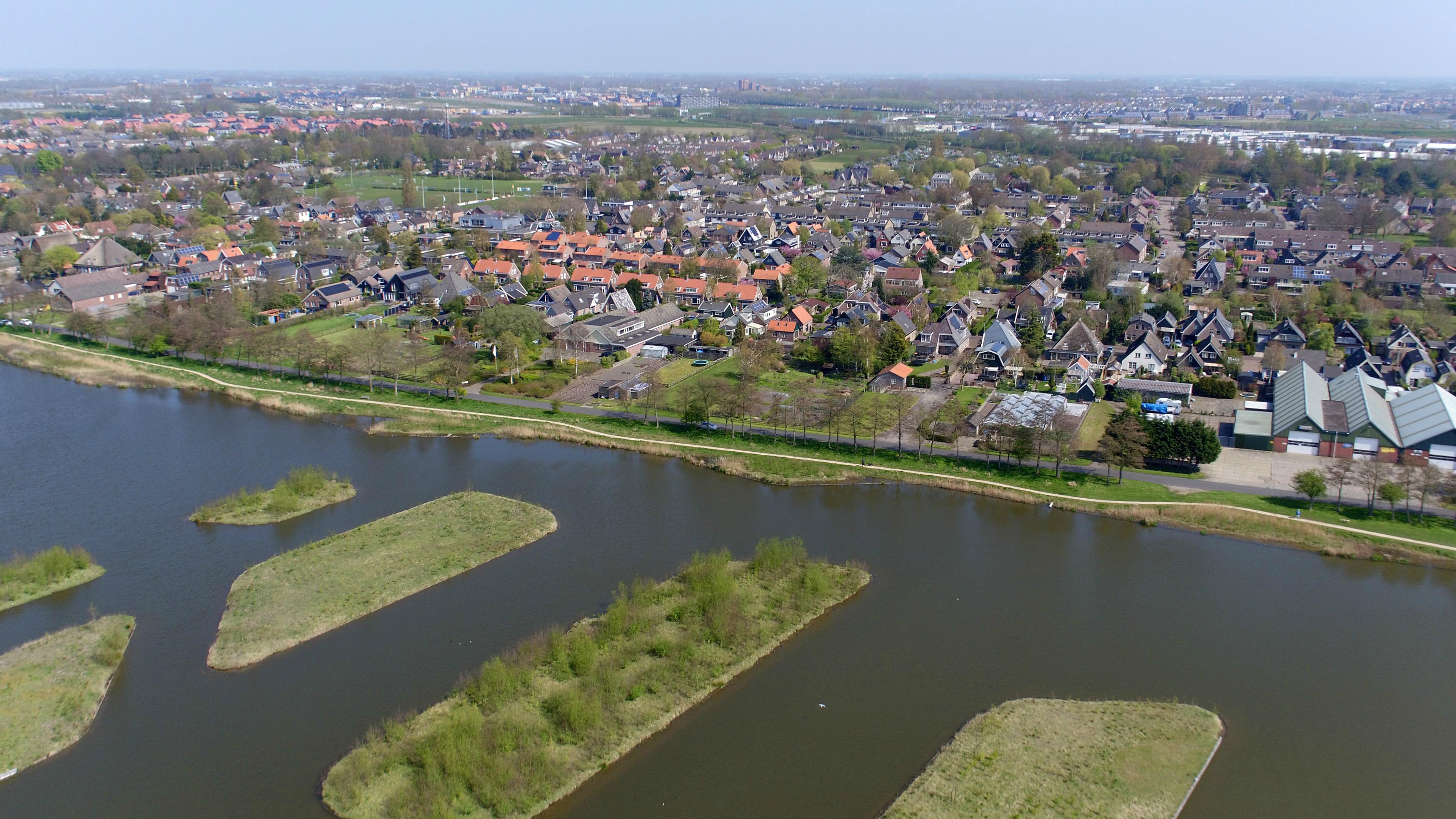 Dorpsraad Sint Pancras gaat met petitie de deuren langs: 'Willen jullie bij Alkmaar of bij Heerhugowaard horen?'