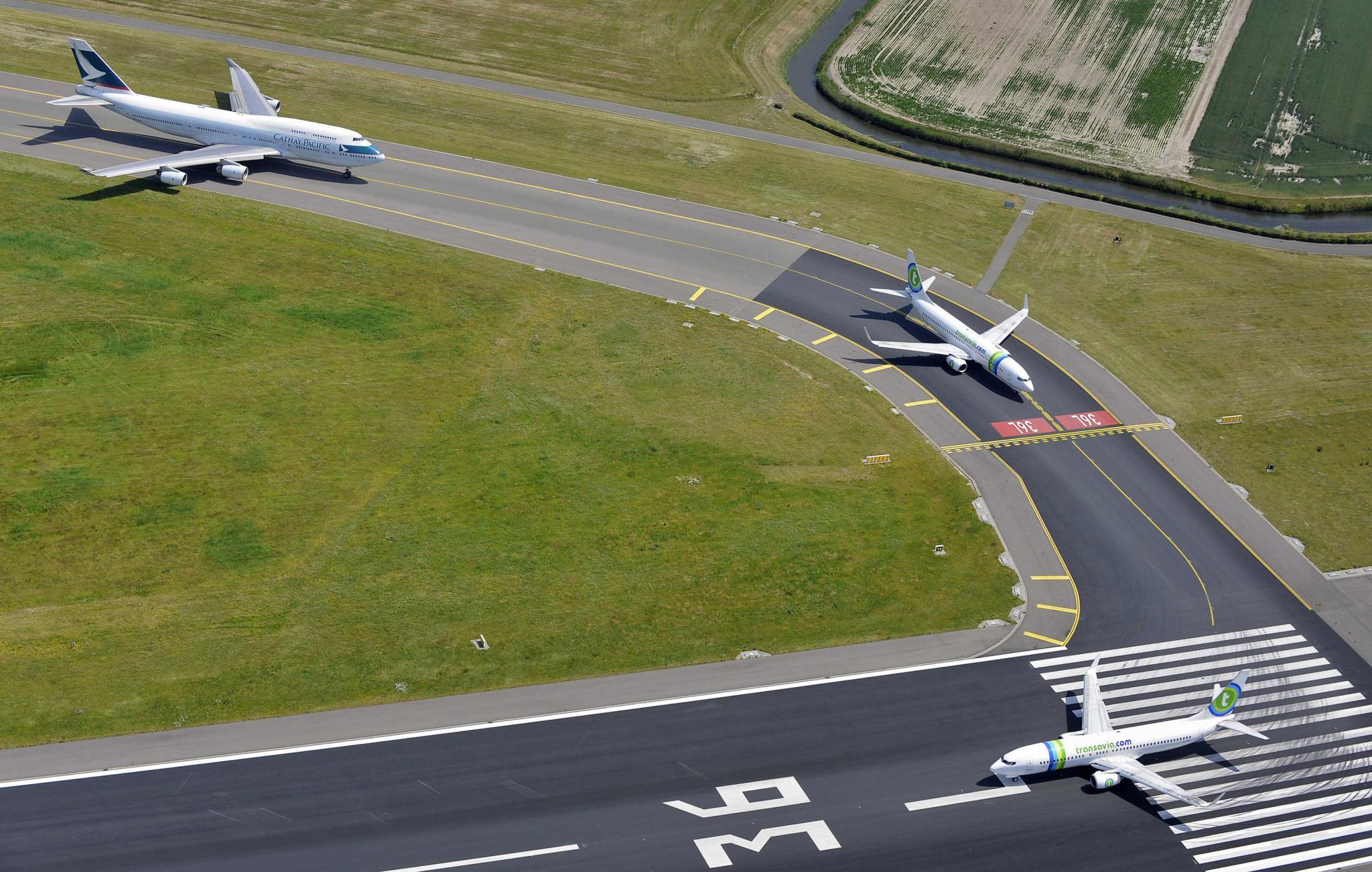 'Vliegtuiggeluid moet je meten, niet berekenen', vindt Heiloo-2000. De maatregelen van de minister moeten snel worden ingevoerd
