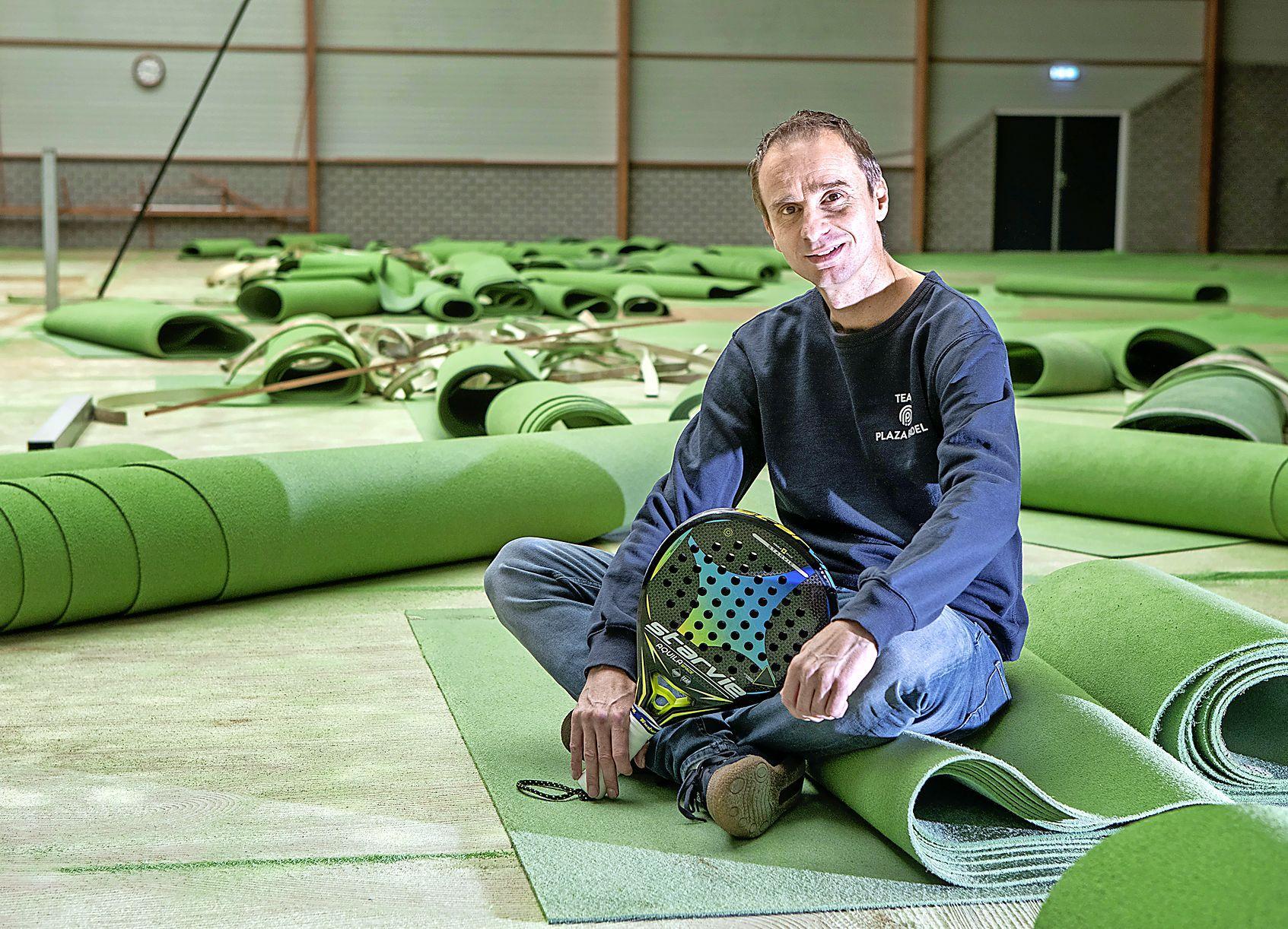 Racketsport rukt op: indoor tennishal De Dors wordt Plaza Padel Heiloo. Marco van Basten en Ronald de Boer zijn mede-eigenaars