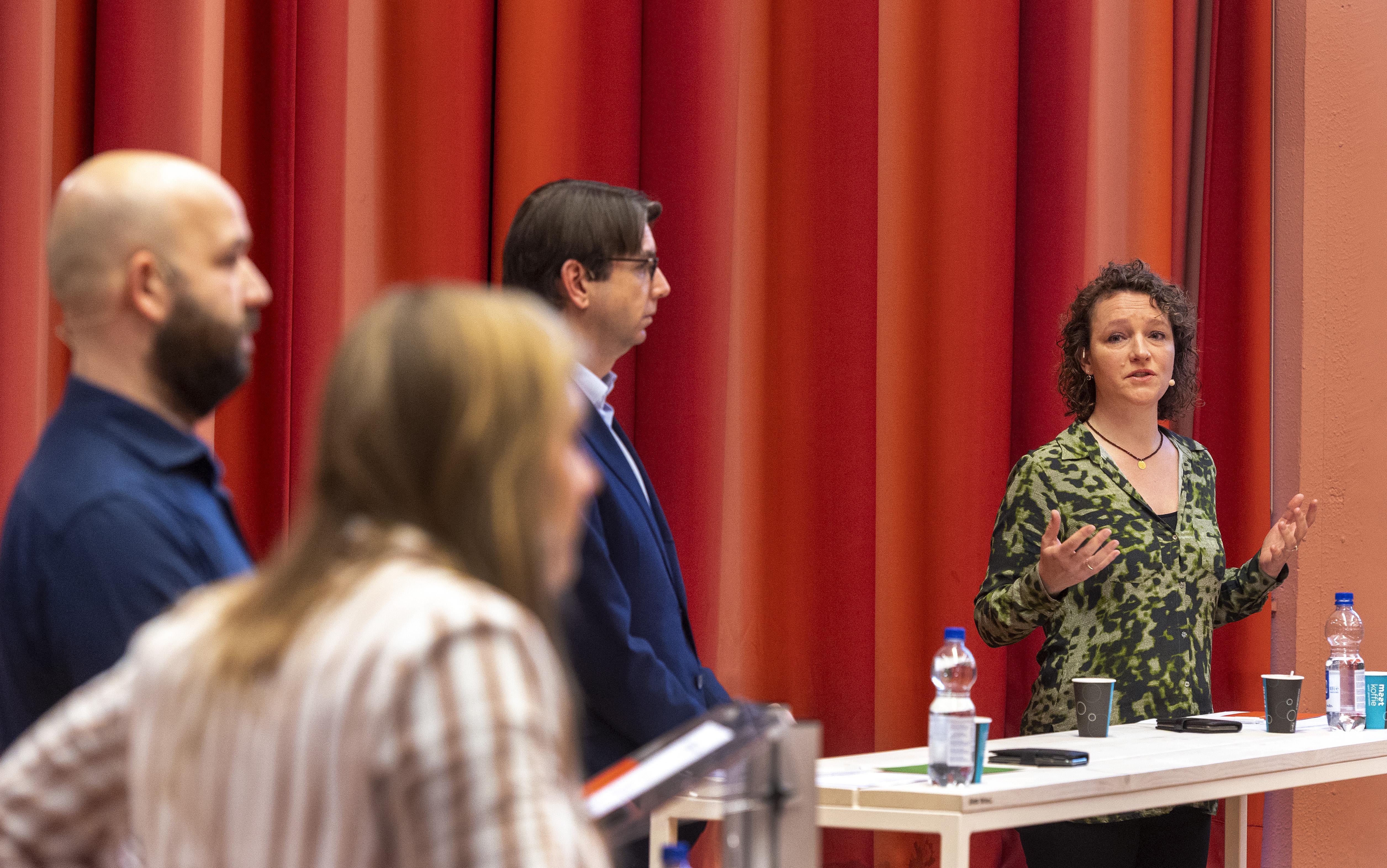 Mendelcollege zaterdag in finale NK Debatteren