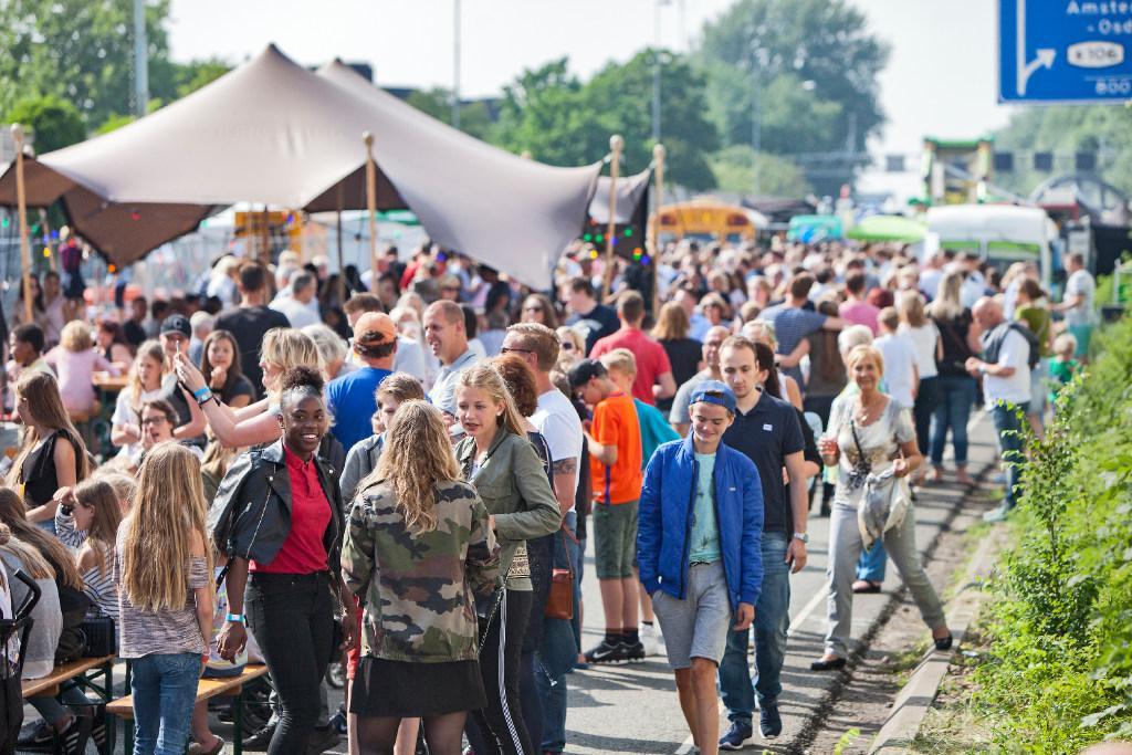 Achtduizend euro voor bomen in Badhoevedorp dankzij A9 Festival
