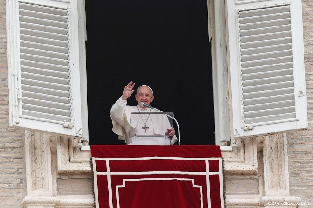 Paus ontvangt gevangenen thuis in Vaticaanstad
