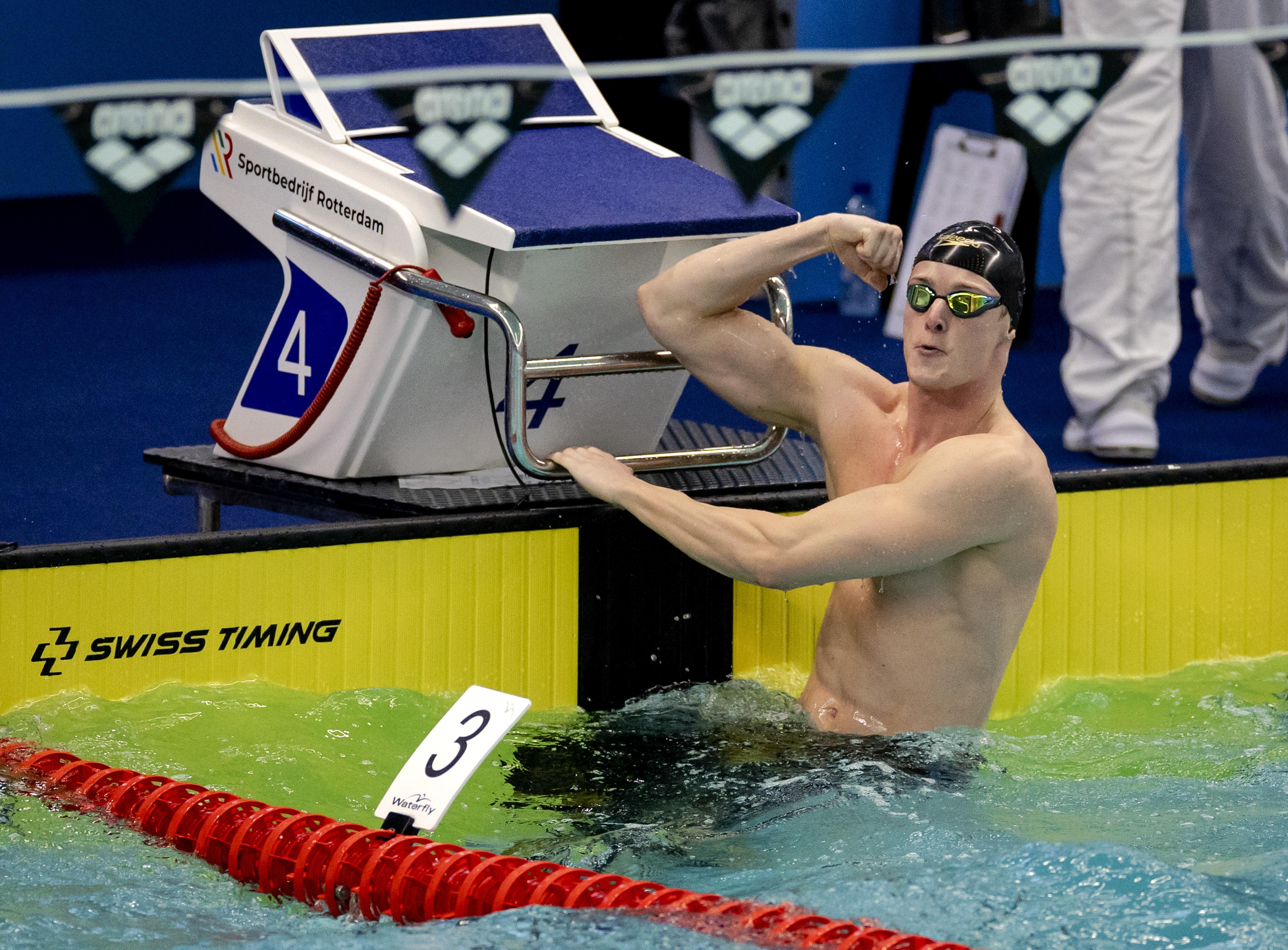 Alkmaarder Thom de Boer onder limiet voor Olympische Spelen op vijftig meter vrijeslag: 'Ik heb er best veel aan liggen denken in bed, waarbij zo nu en dan mijn hartslag de hoogte in vloog'