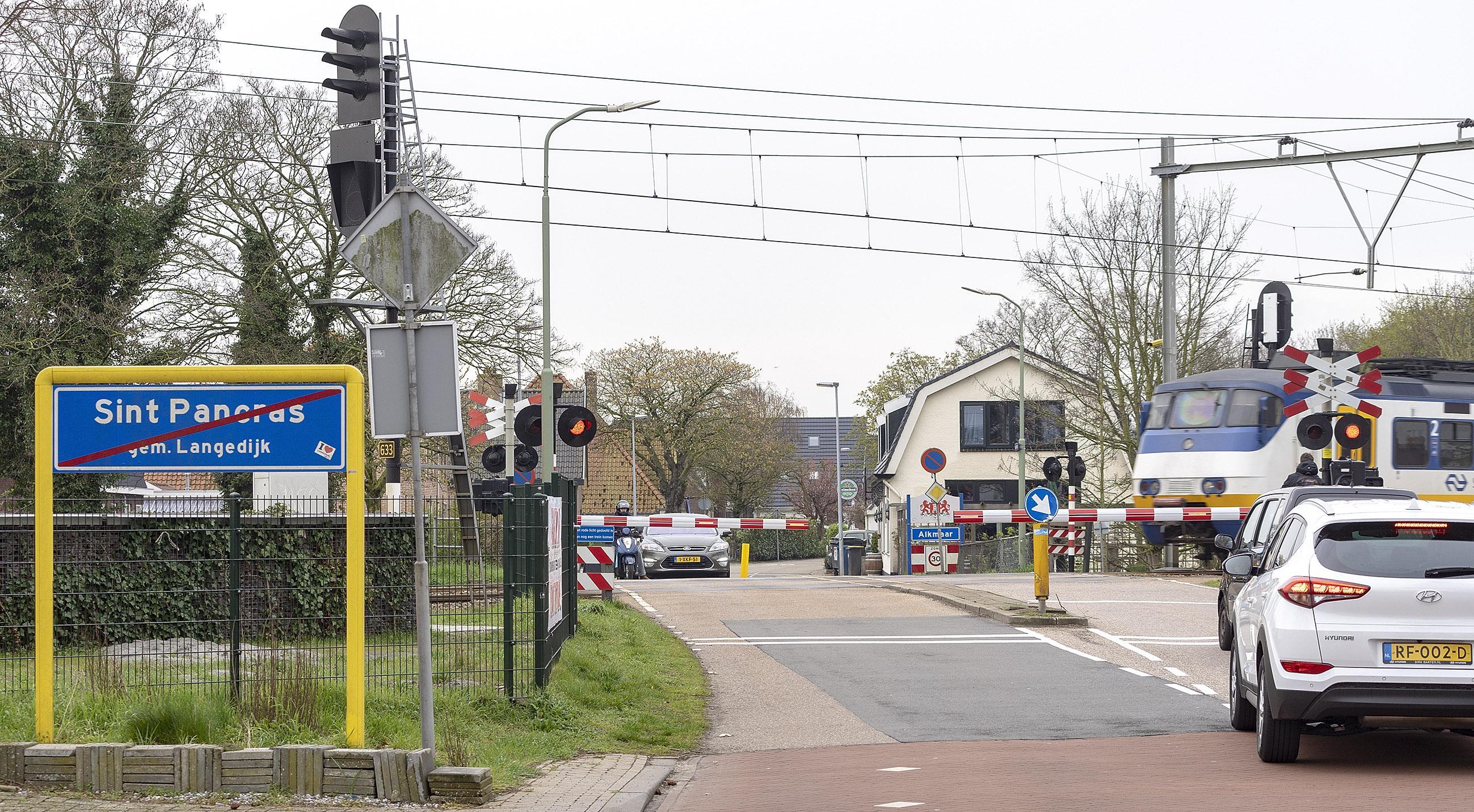 Commentaar: Politiek in Langedijk en Heerhugowaard zeggen bij fusieplan potsierlijk oog en oor te hebben voor Sint Pancras en Koedijk, nu het vijf voor twaalf is