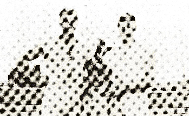 Wie was toch de stuurman van de roeiers die de eerste gouden plak wonnen? Bijzondere verhalen uit de historie van de Olympische Spelen