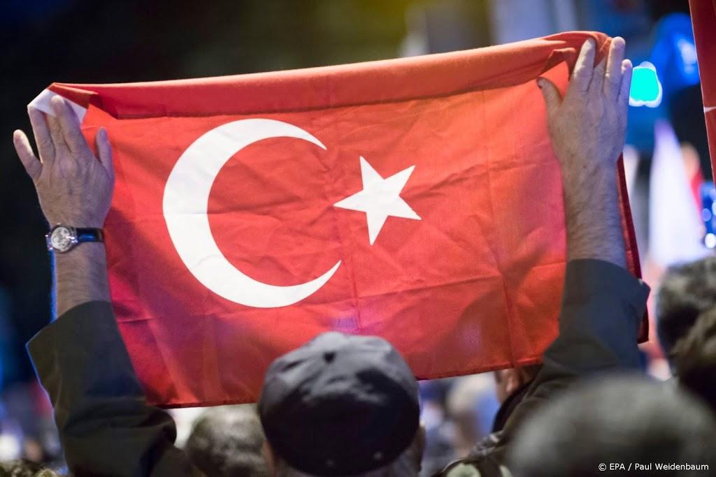 Honderden Turken, vooral militairen, krijgen levenslang na coup