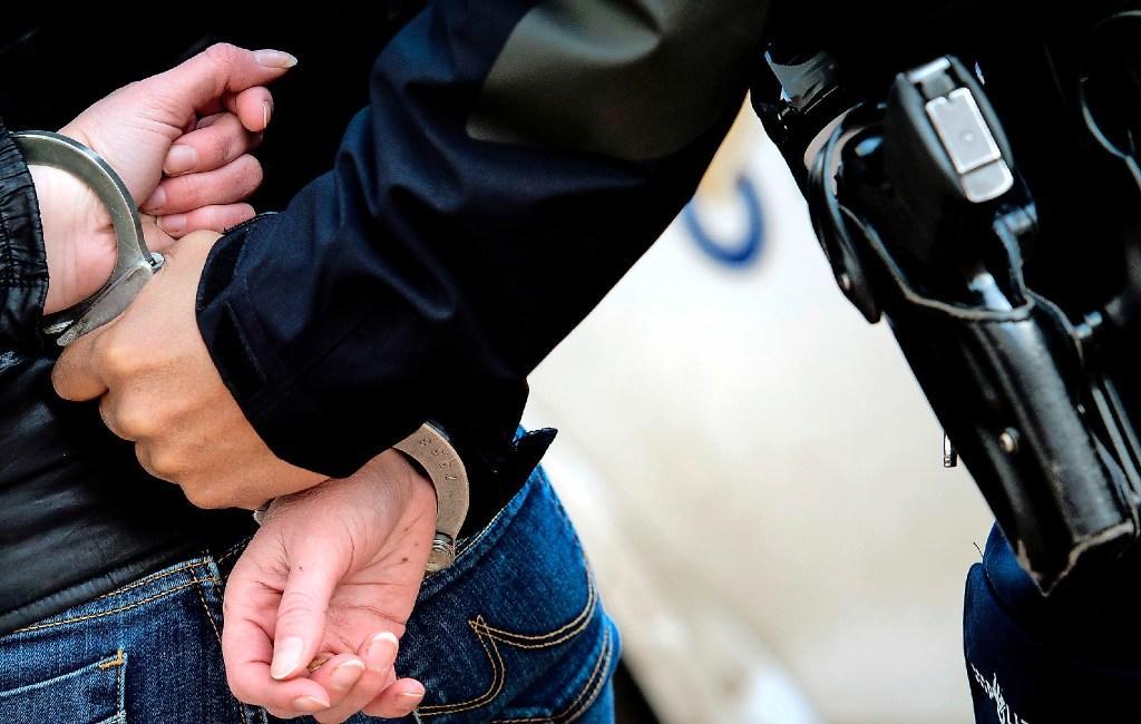 Man die bij politie te boek staat als autodief op heterdaad betrapt