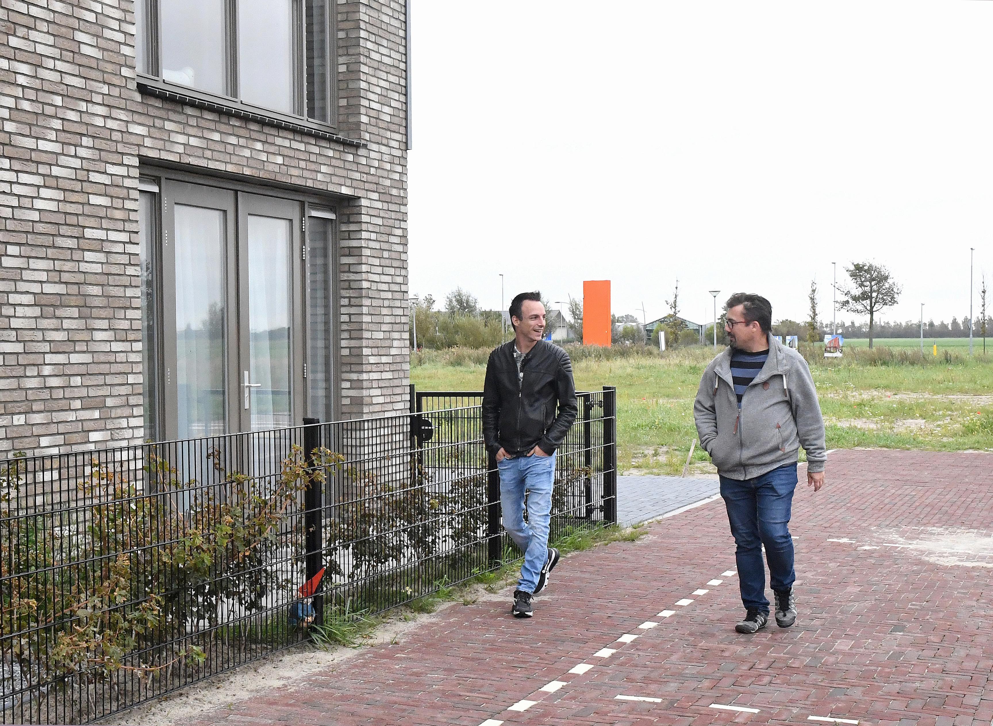 Omwonende van perceel in Julianadorp waarop een woon-zorgcomplex moet komen, kon volgens makelaar weten van dat voornemen. 'Dit is een toneelstuk'