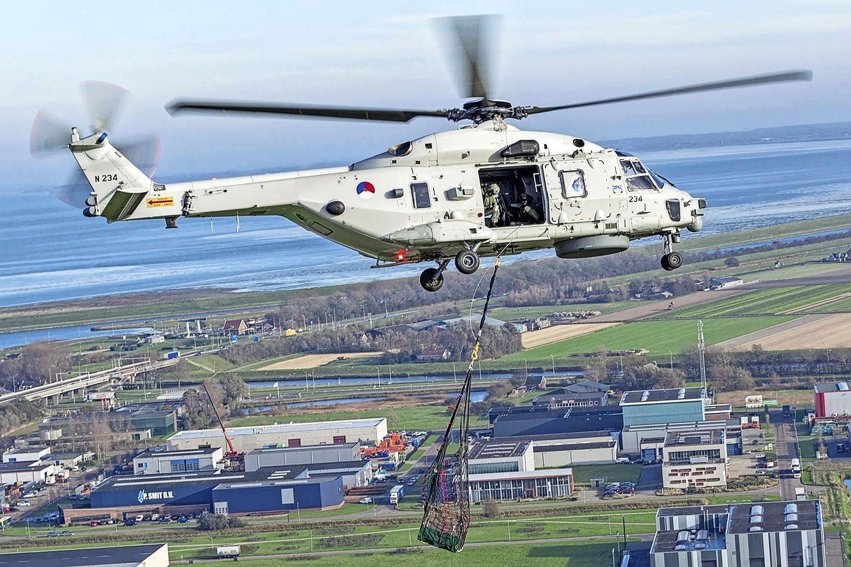 Militaire pluim voor gebruikers van de NH90 helikopters op De Kooy. Wel meer voertuigen zonder toestemming op de platforms
