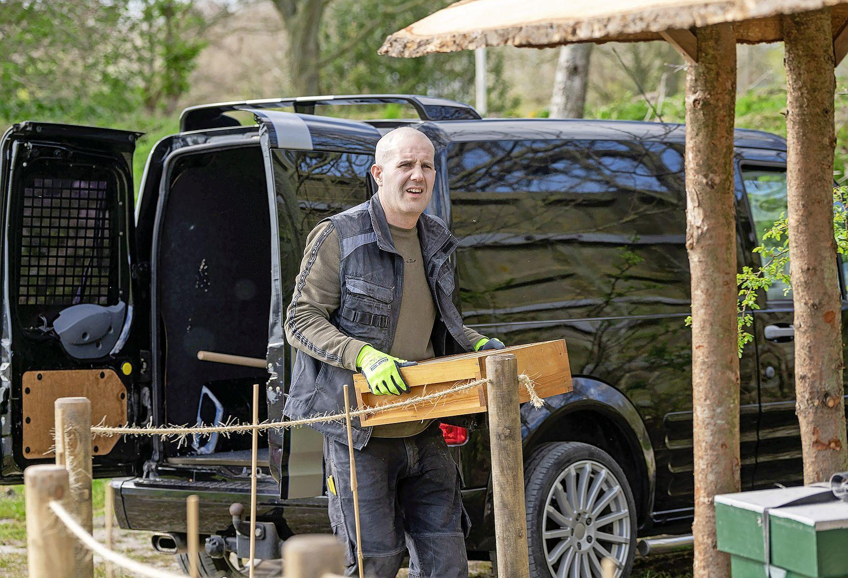 Chef-kok Schröder verruilt keuken voor bouwplaats. En wordt imker